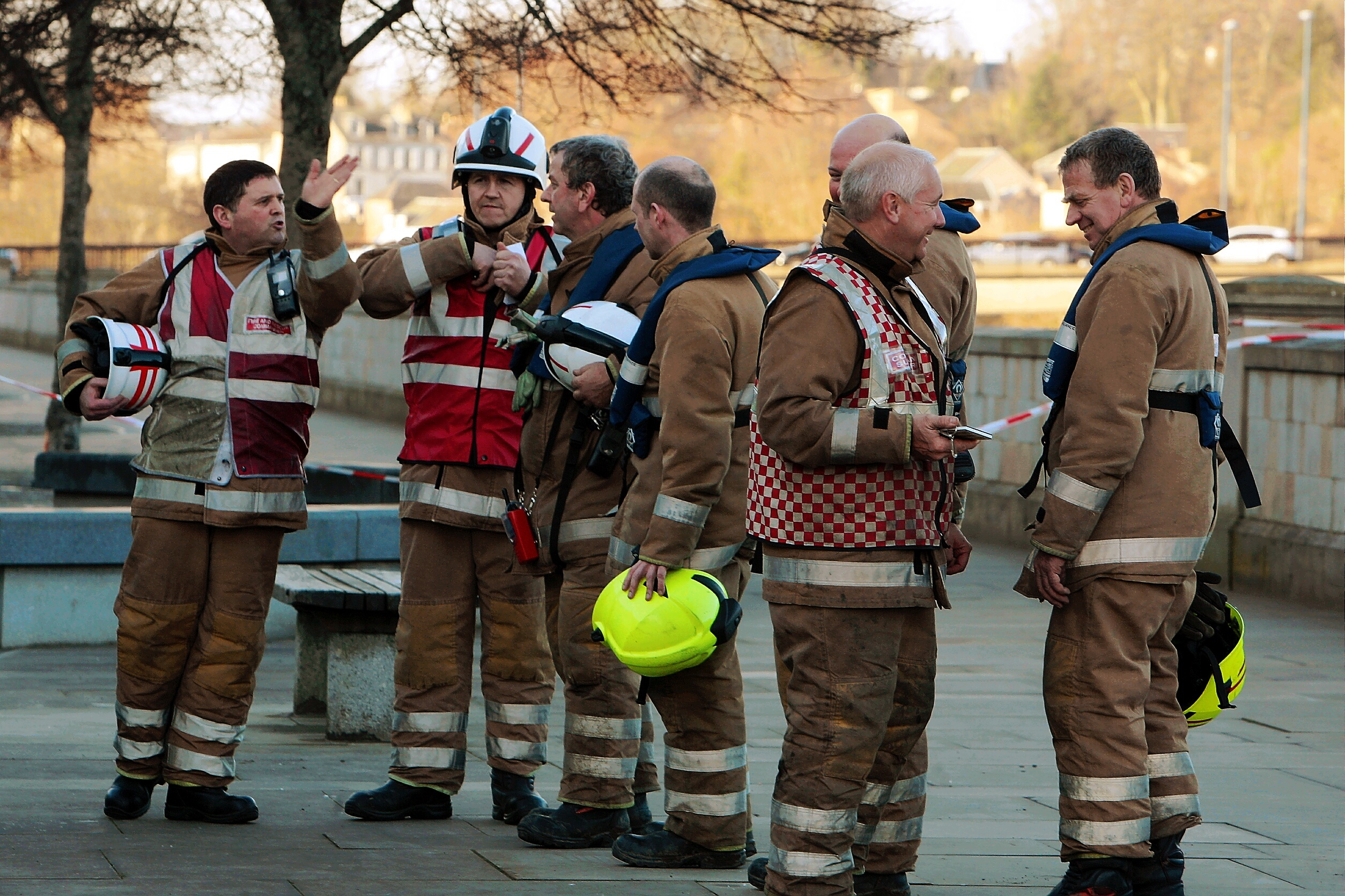 Fire crews attending the scene to help a recovery in the River Tay in 2014.