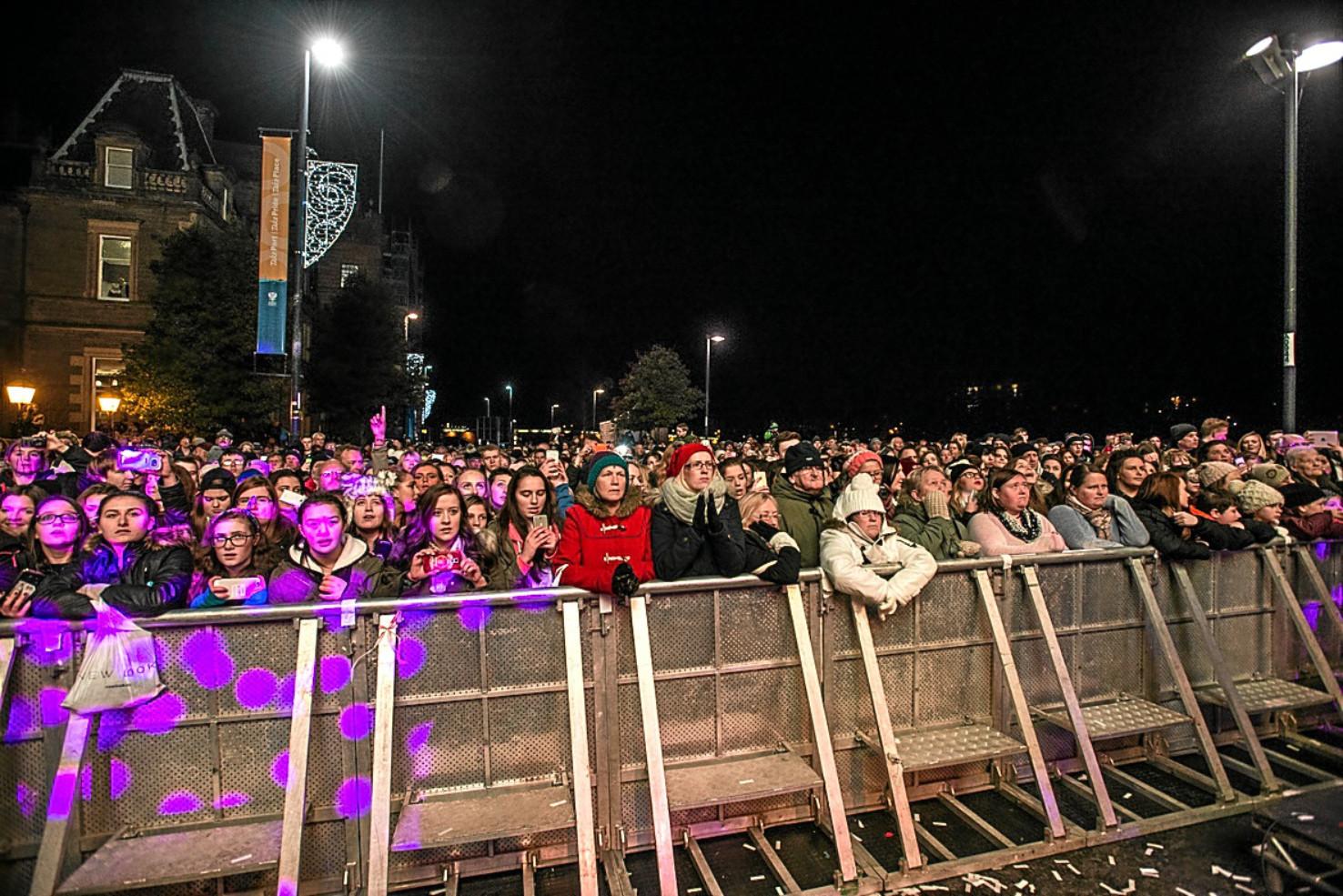 Crowds at Perth Winter Festival.