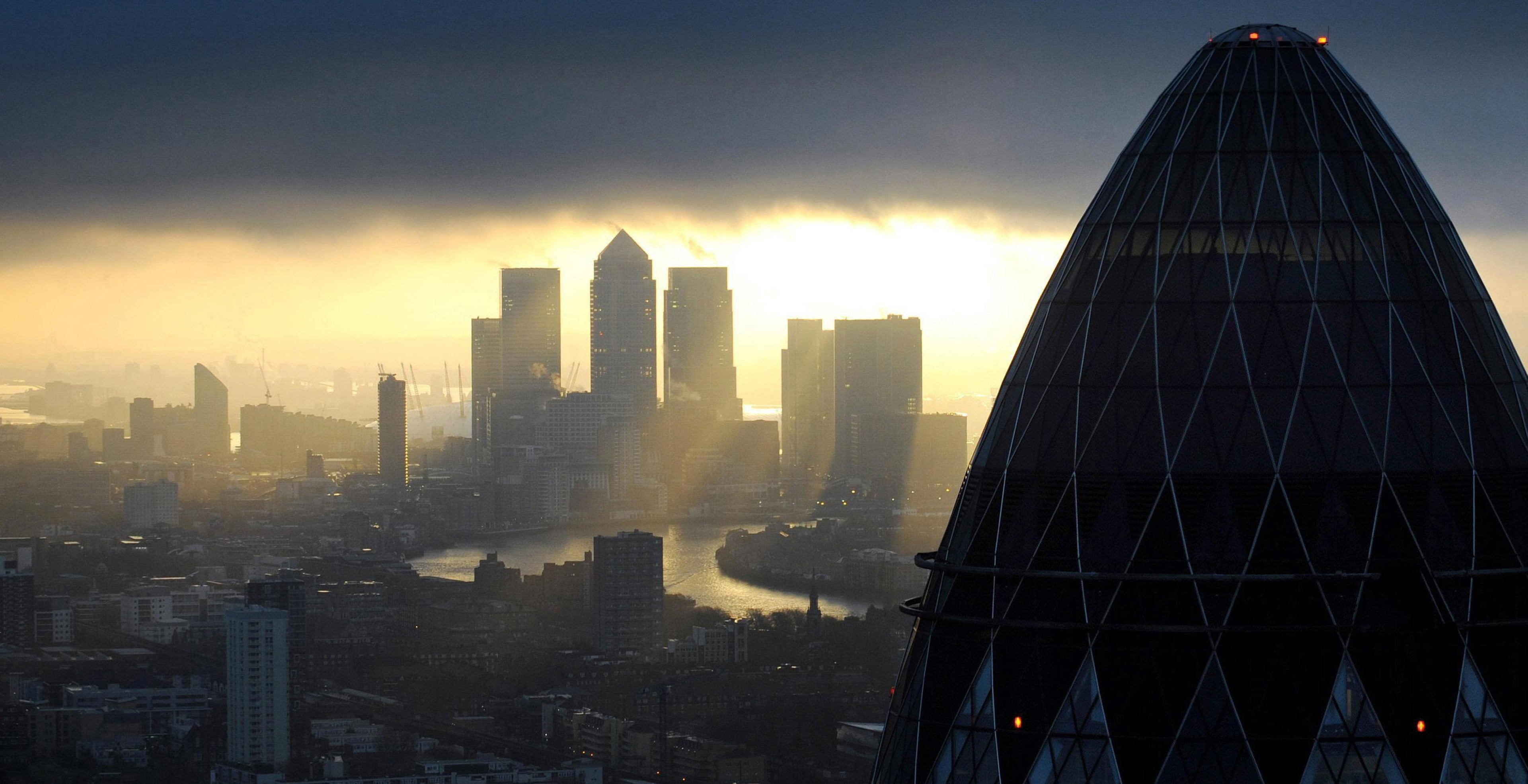 City experts say the decision to leave the EU will impact on interest rates.