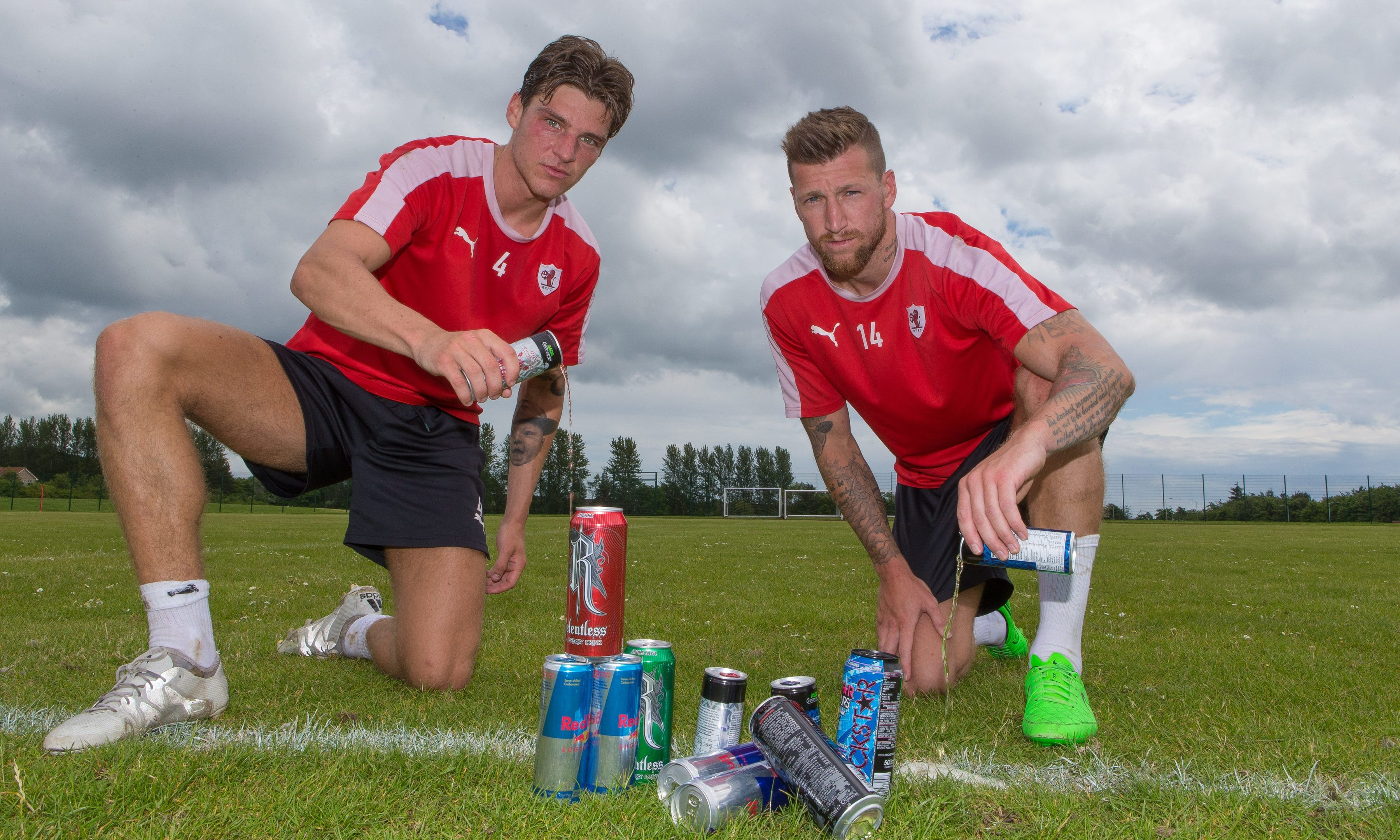 Raith Rovers players Ross Callachan and Ian Davidson are supporting The Courier Can It campaign.