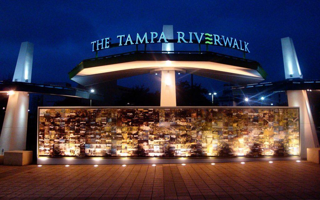 Tampa Riverwalk, South End, Tampa.