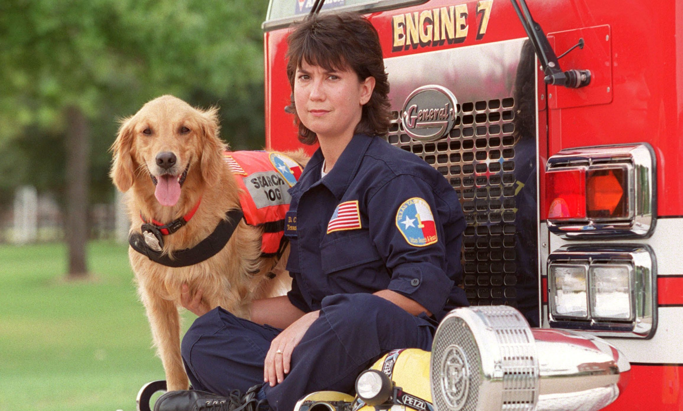 Denise Corliss with search dog Bretagne in 2002.