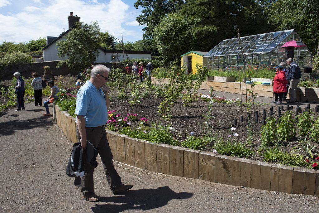 20160702- Forfar Gardening Project 001