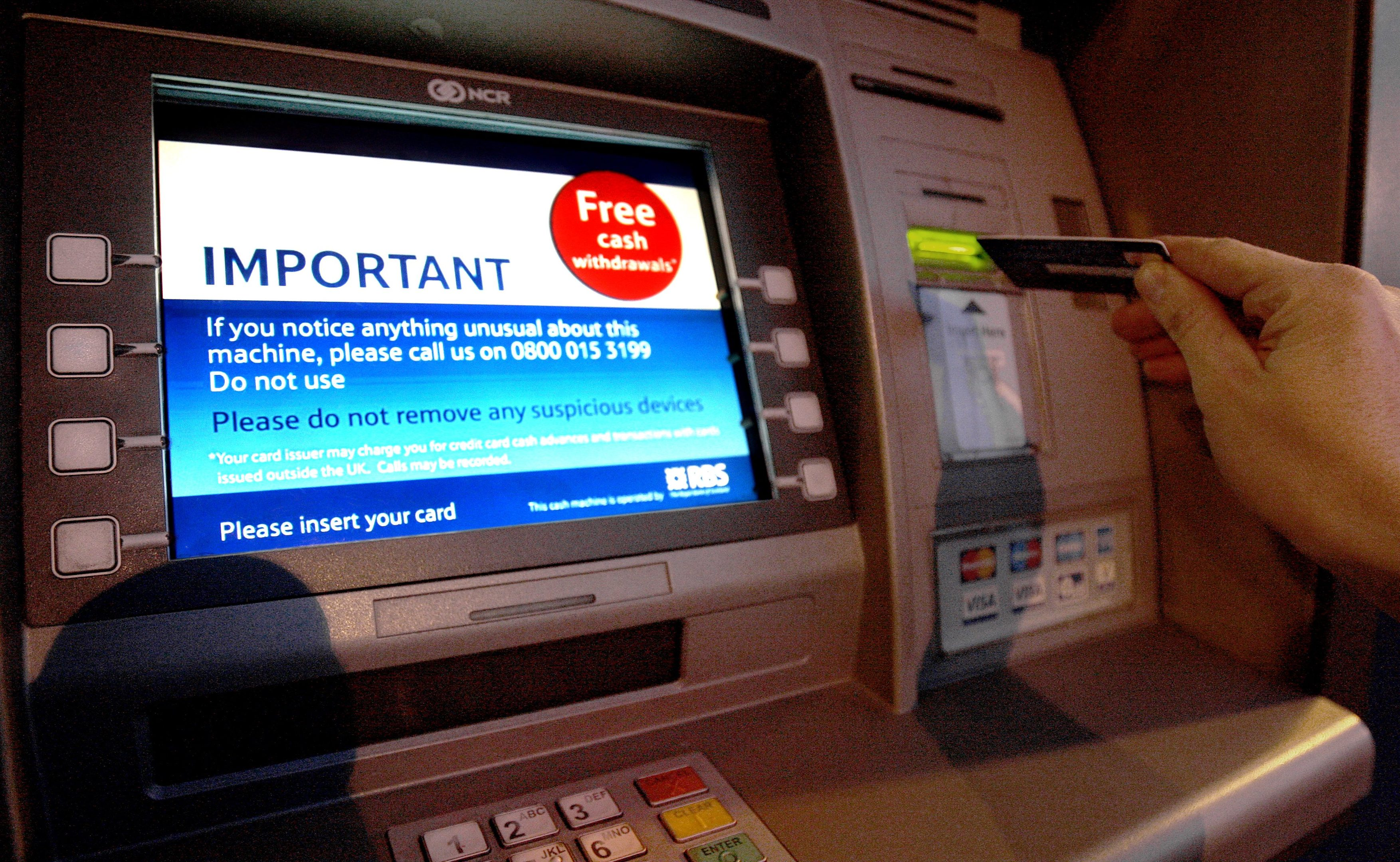 A card skimming device has been found on a cash machine in St Andrews.
