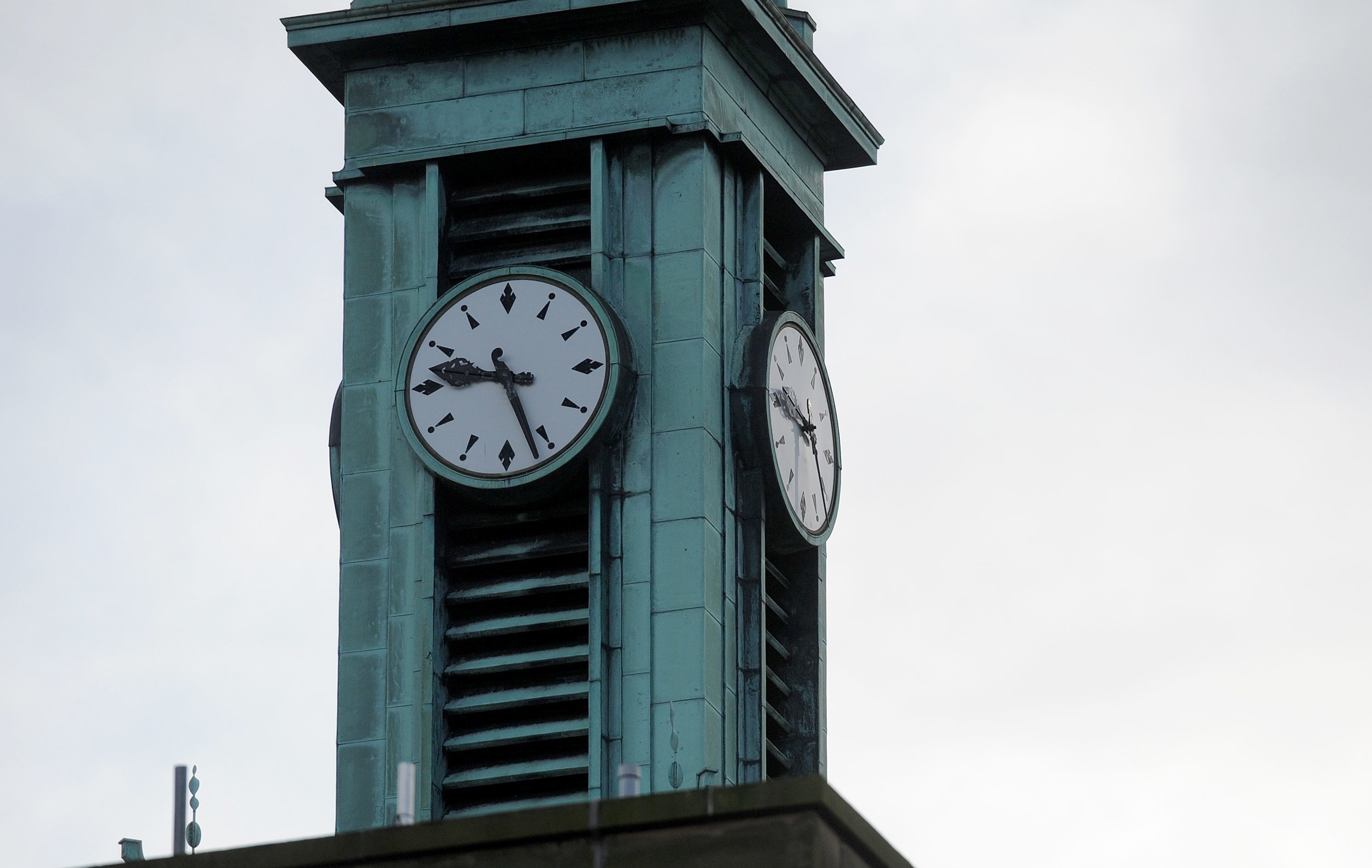 The clock tower on Kirkcaldy Town House
