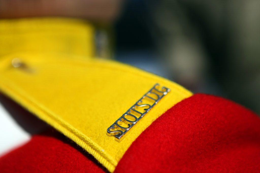 Details on uniform.