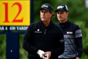 Phil Mickelson and Henrik Stenson served up a golfing treat at Royal Troon.