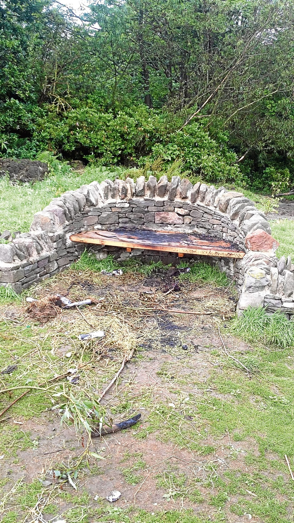 The vandalised bower seat in Kirkcaldy's Dunnikier Park.