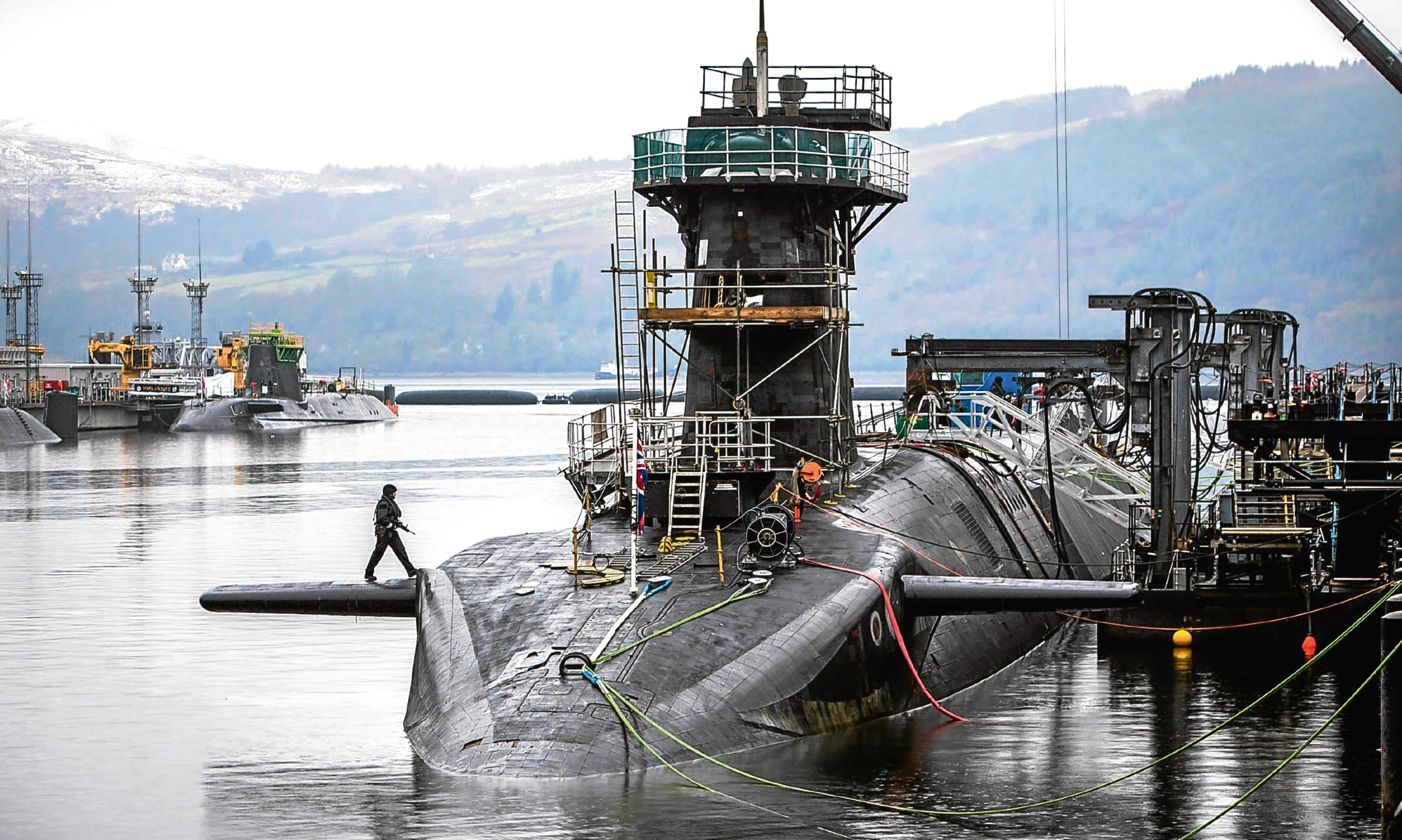 Several nuclear subs remain at Rosyth