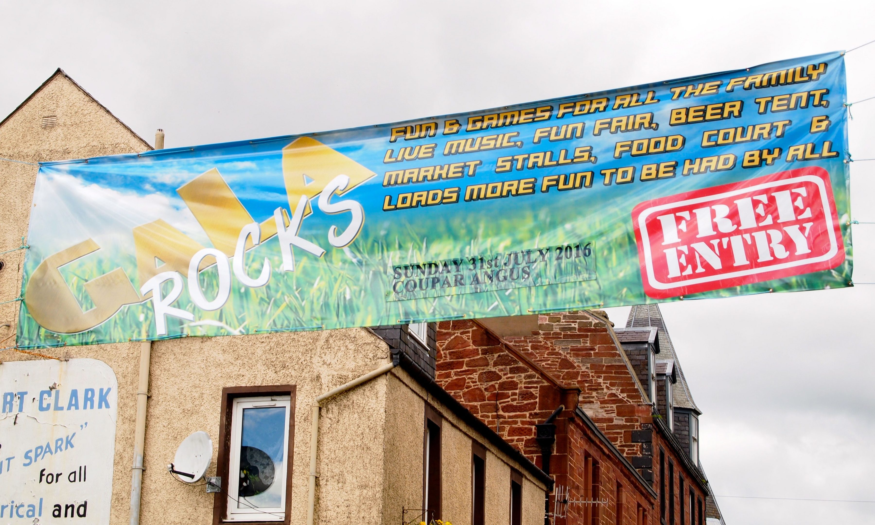 The Coupar Angus Gala banner proudly flies above the town square.
