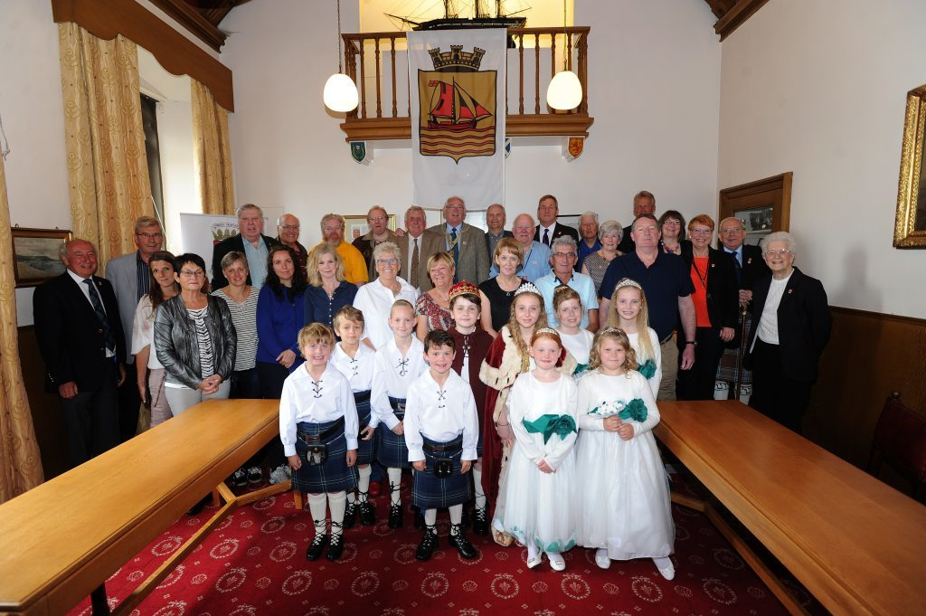 A reception at the Burgh Chambers was attended by exiles, visitors from Norway and the royal party.