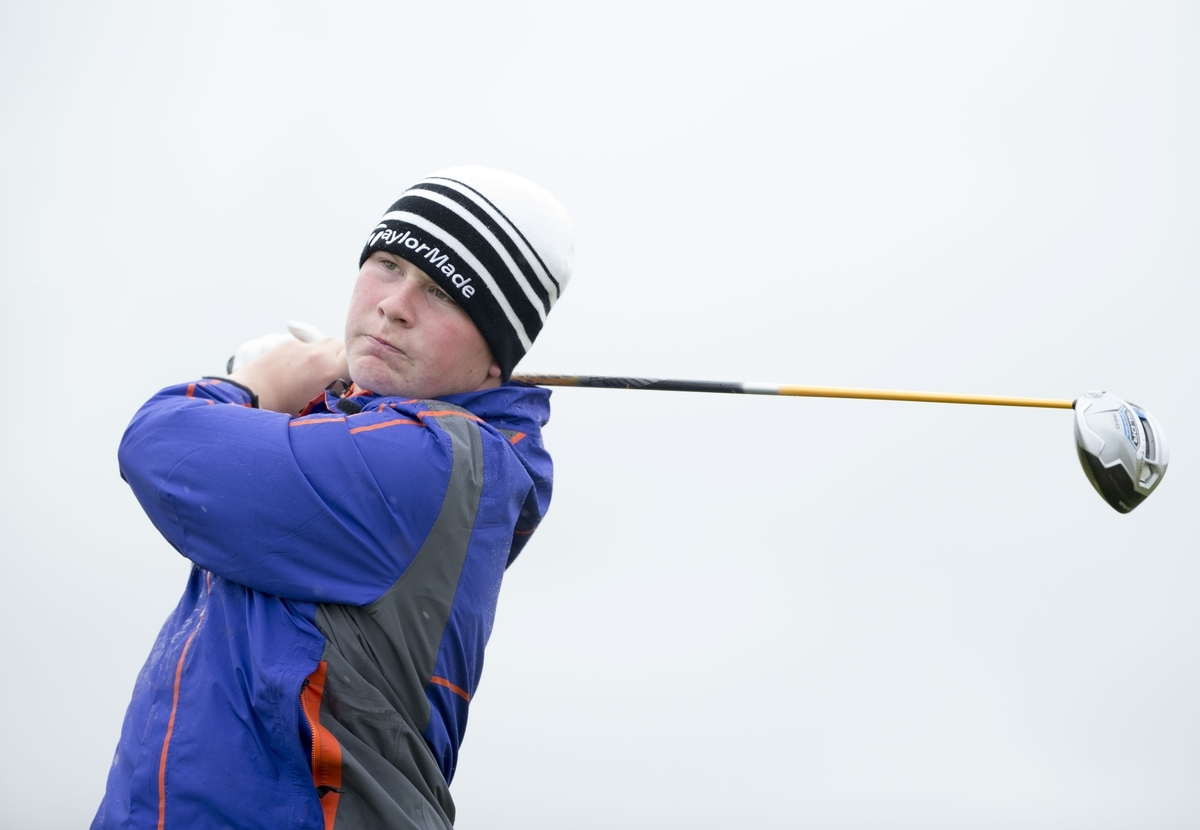 Robert MacIntyre was forced all the way in his opening tie at the Scottish Amateur.