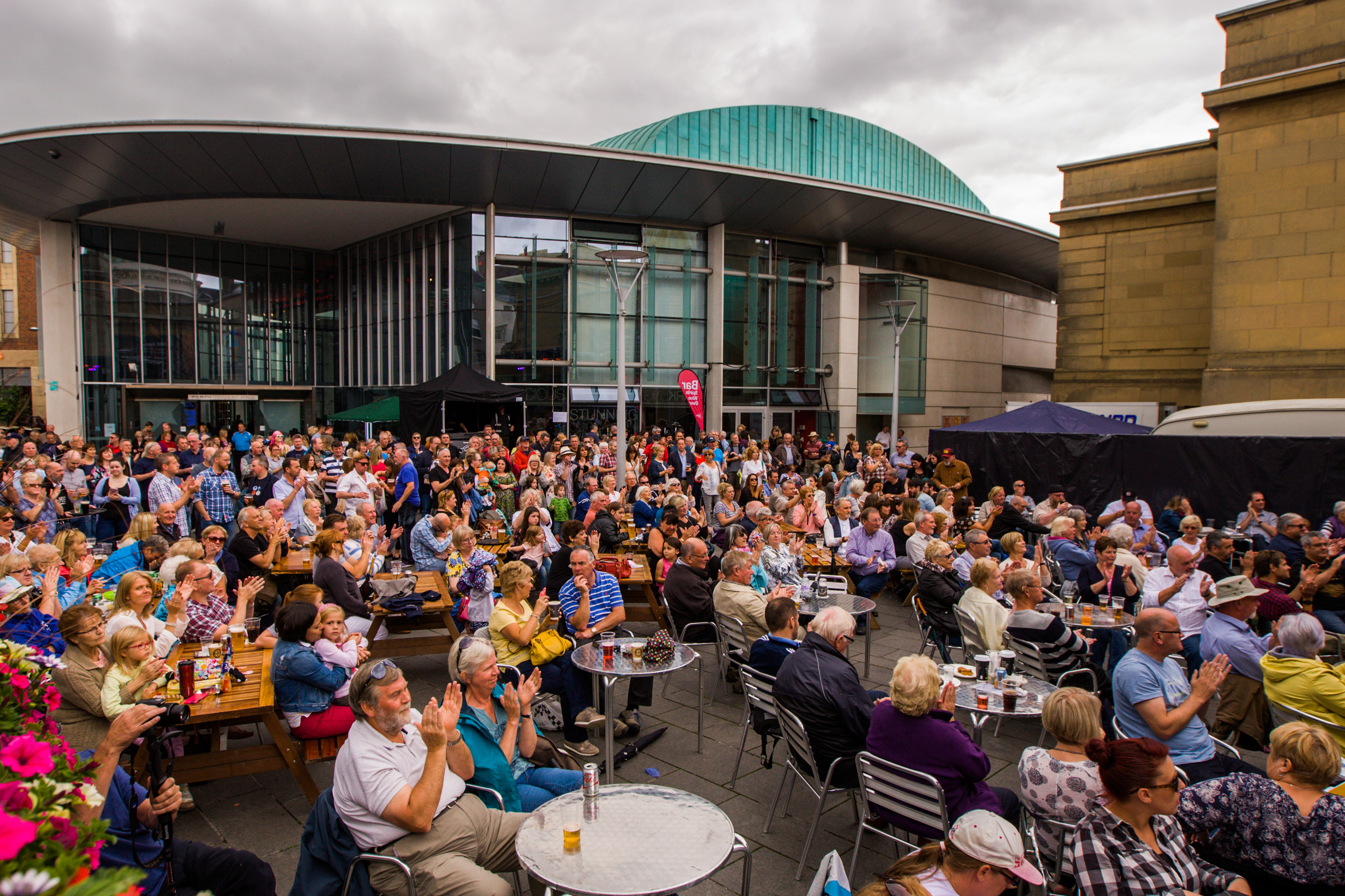 Crowds gather at Perth Concert Hall for 2015's Southern Fried Festival.