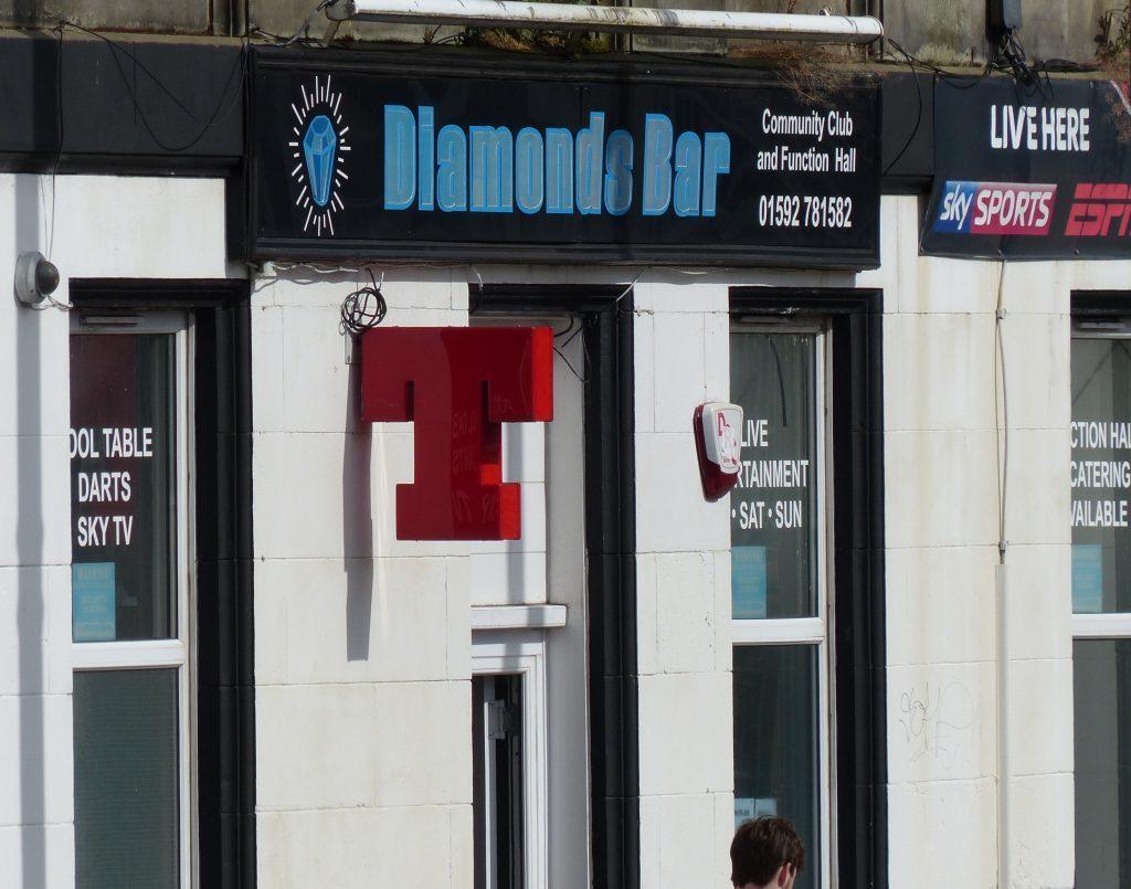 Diamond Bar, Lochgelly.
