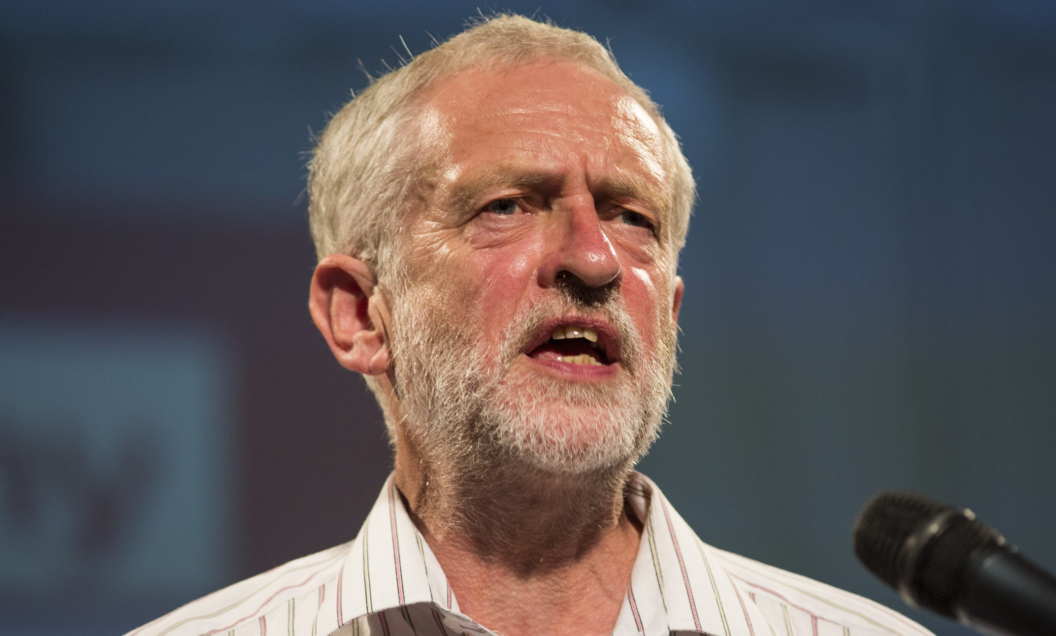 Jeremy Corbyn will visit Dundee on Friday.