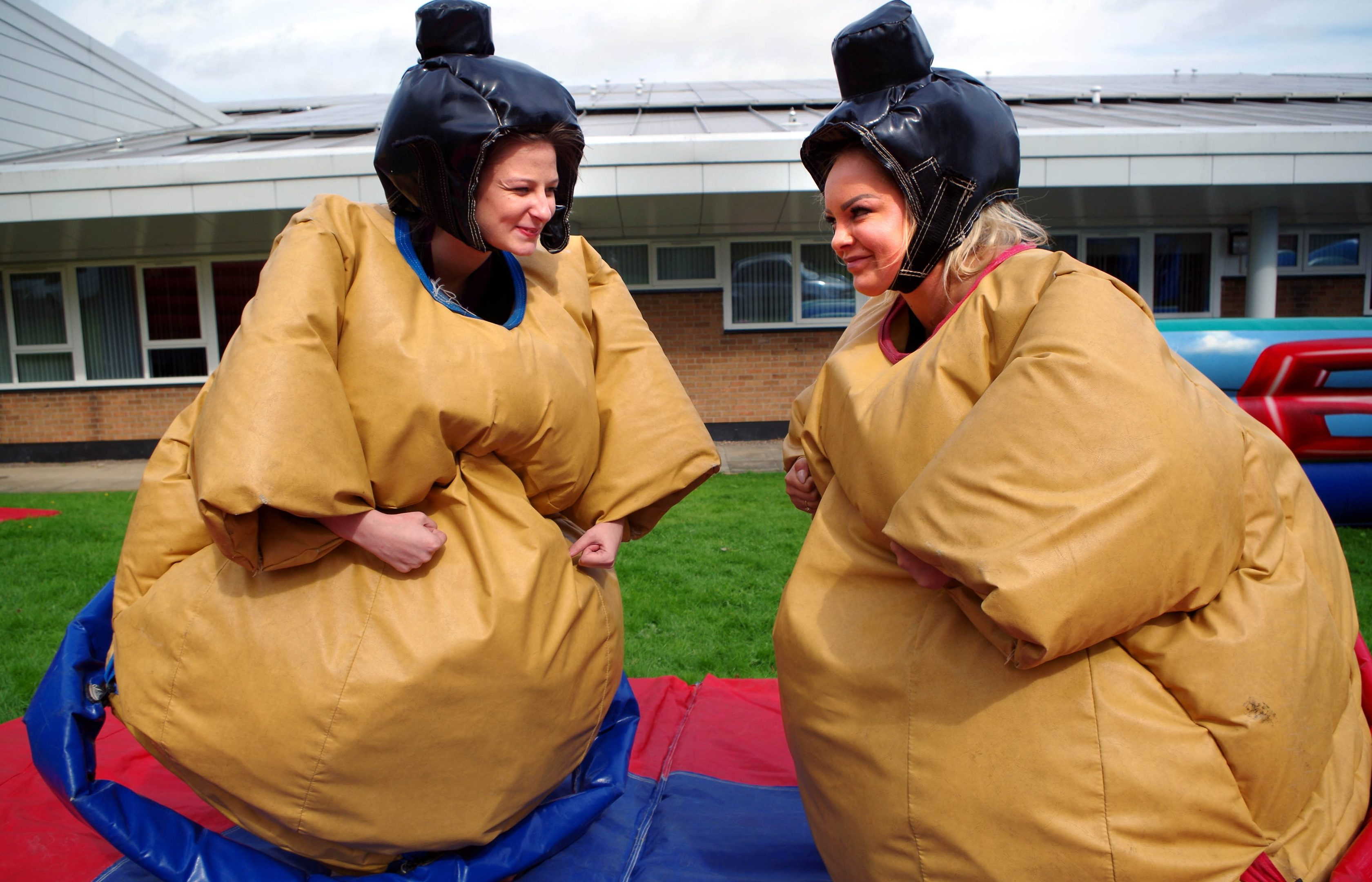 The freshers fun has started for D&A College students Amy Farrel and Wiktoria Skuczen as they enjoyed a sumo wrestling-themed ice-breaker.