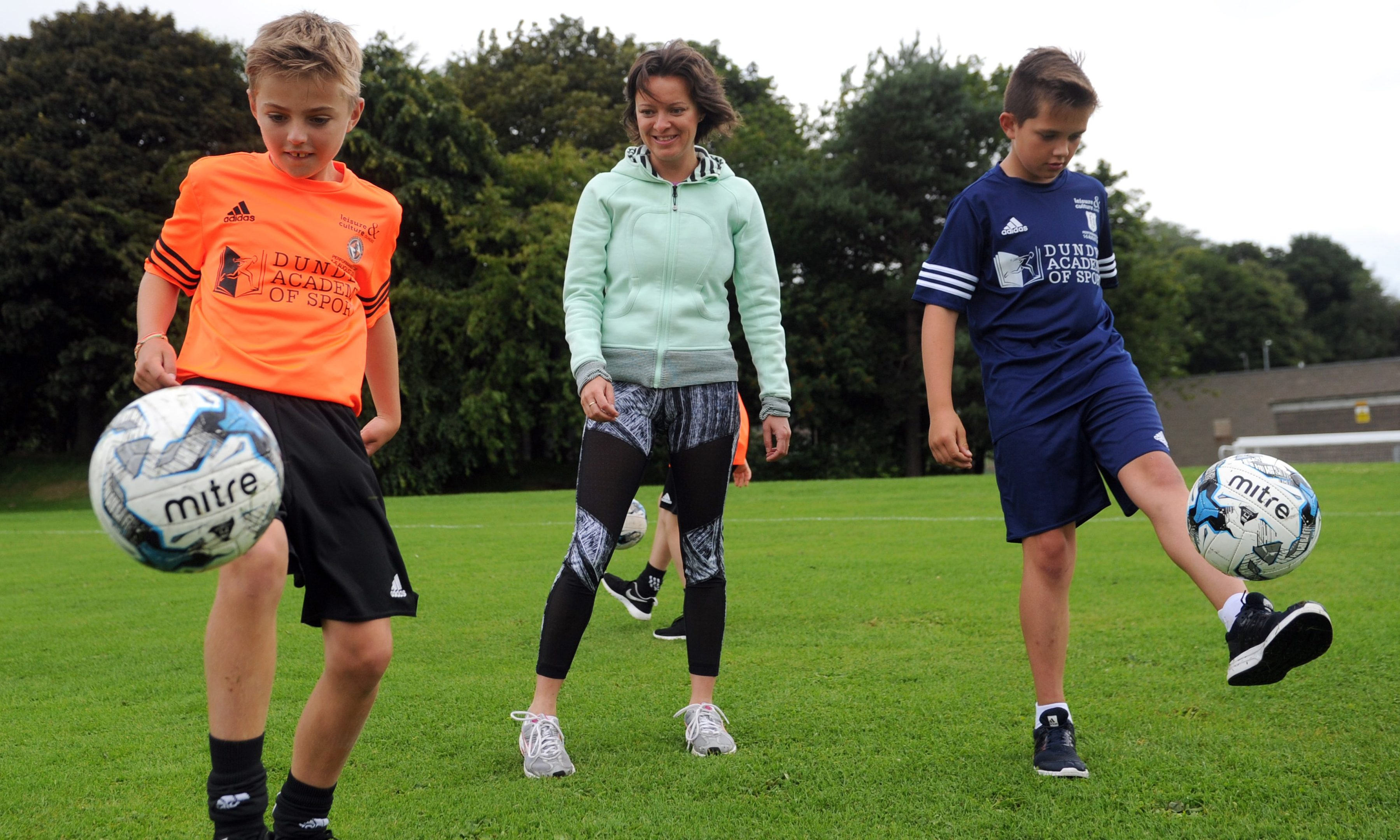 Jenny Marra joined some of the youngsters for their training session.