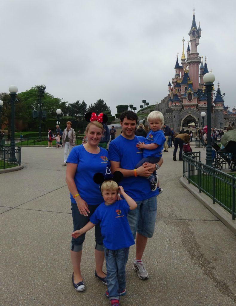 LoveOliver Disneyland