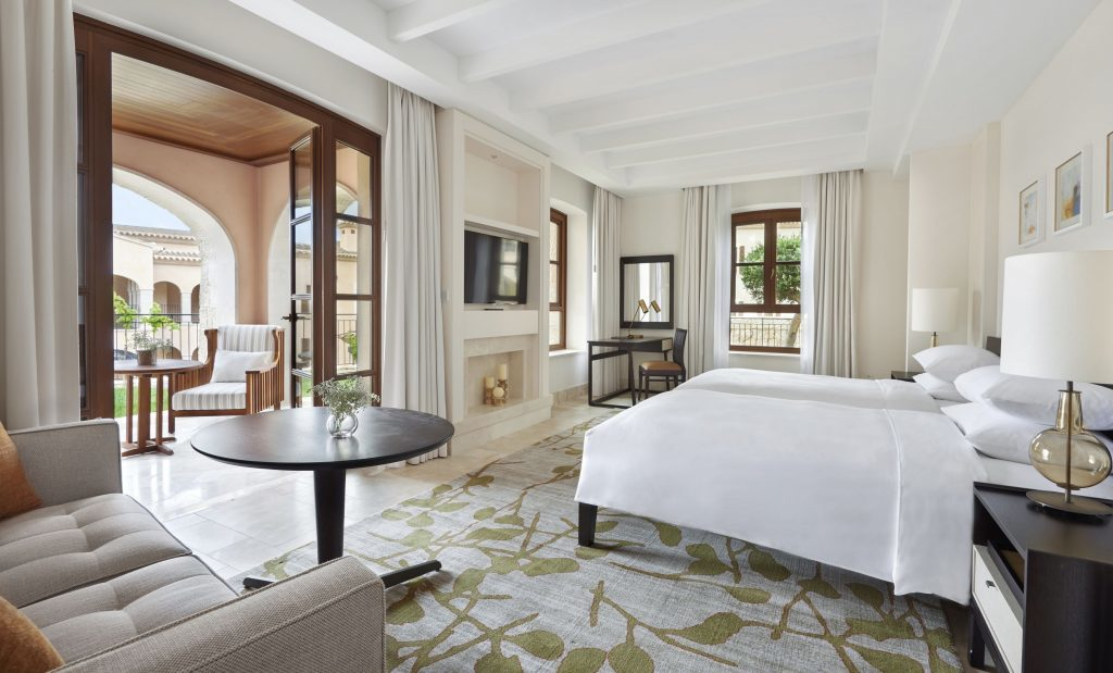 Photo of the deluxe twin room at the Park Hyatt, Mallorca.