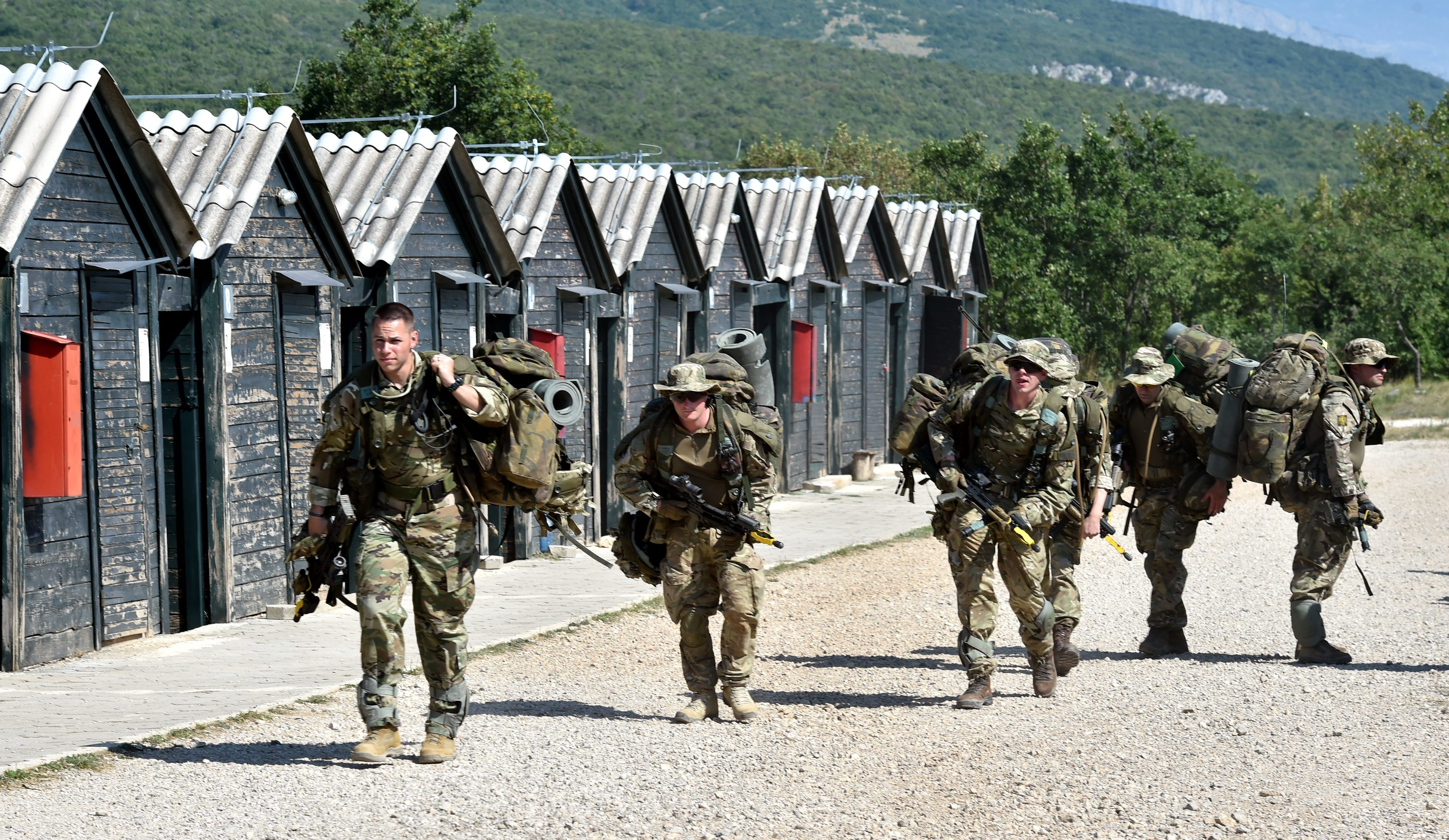 7 Scots D Company heading out on exercise at Red Earth in Croatia