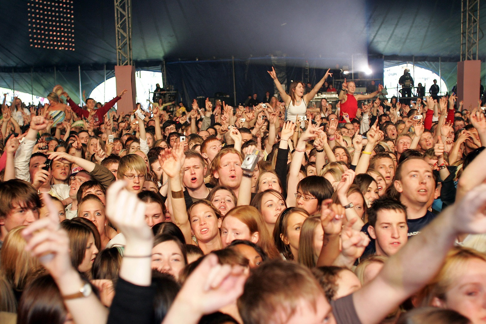 Fans at Radio 1's Big Weekend in Dundee in 2006.