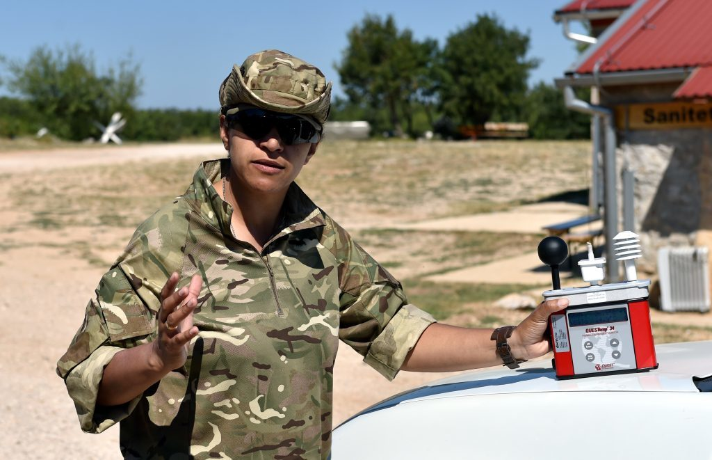 Medic Lance Corporal Celene Clelland from Dundee with the thermal environment monitor.