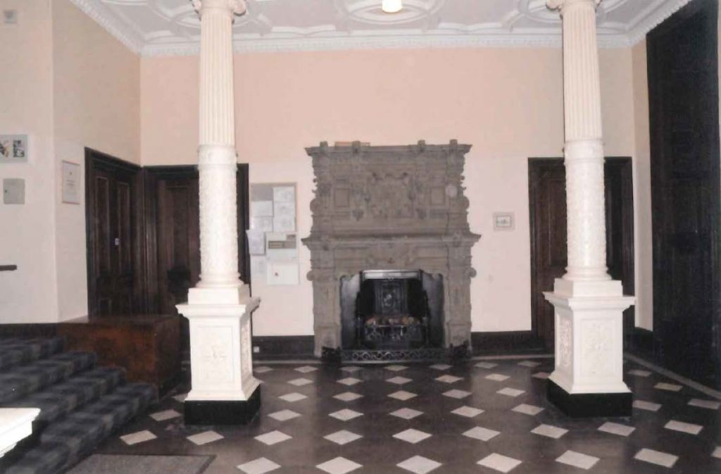 Entrance hall to former St Ninians School
