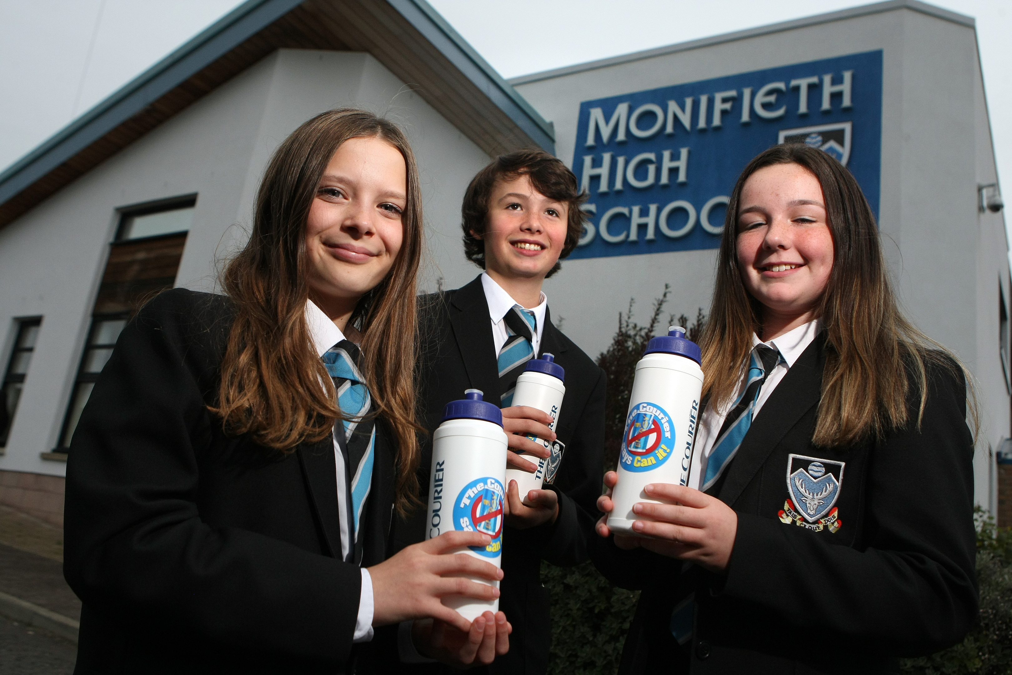 Rachael Crossan, Jamie Stewart and Lauren Mitchell with their Can It water bottles.