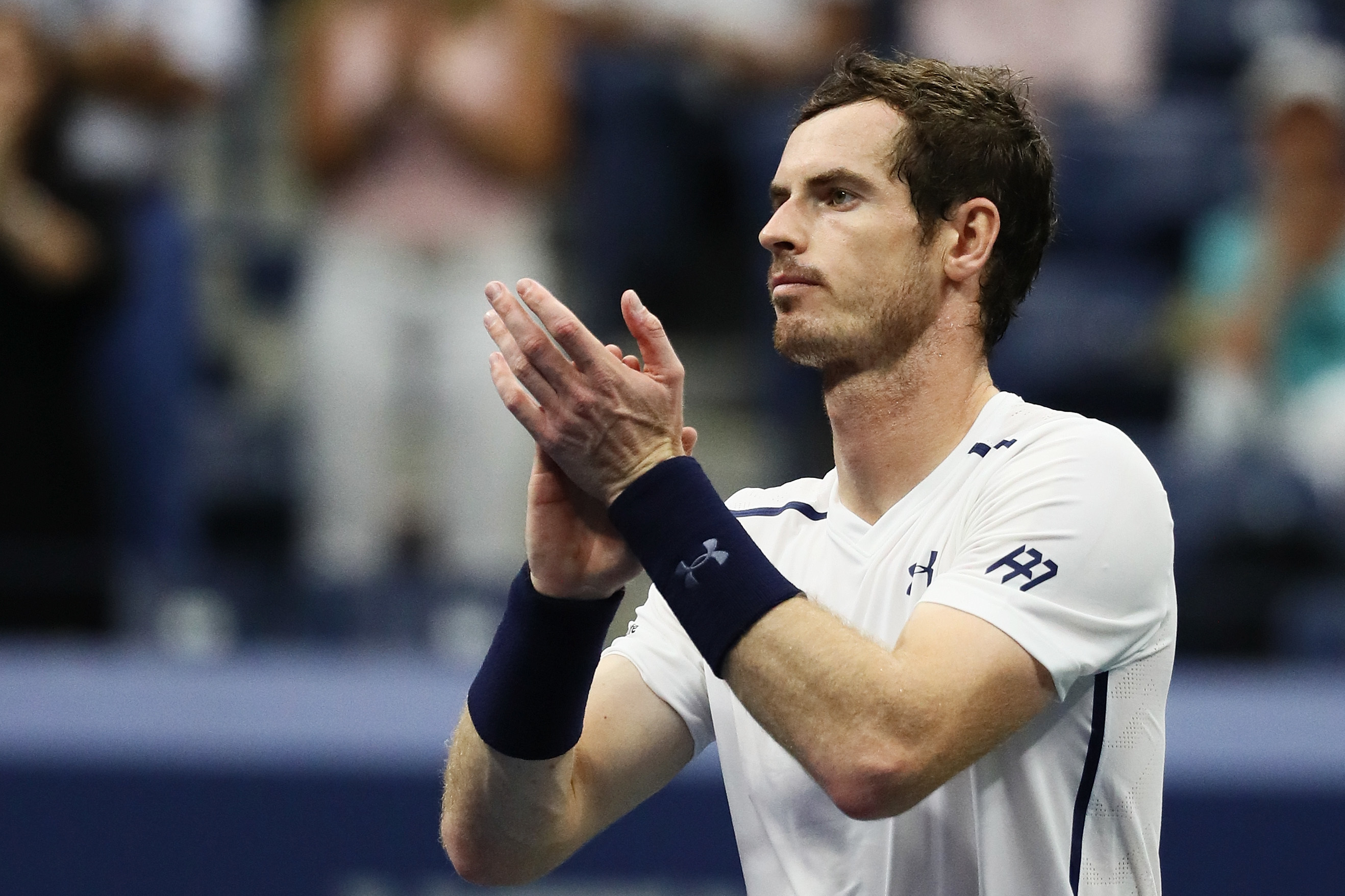 Andy Murray celebrates his victory.