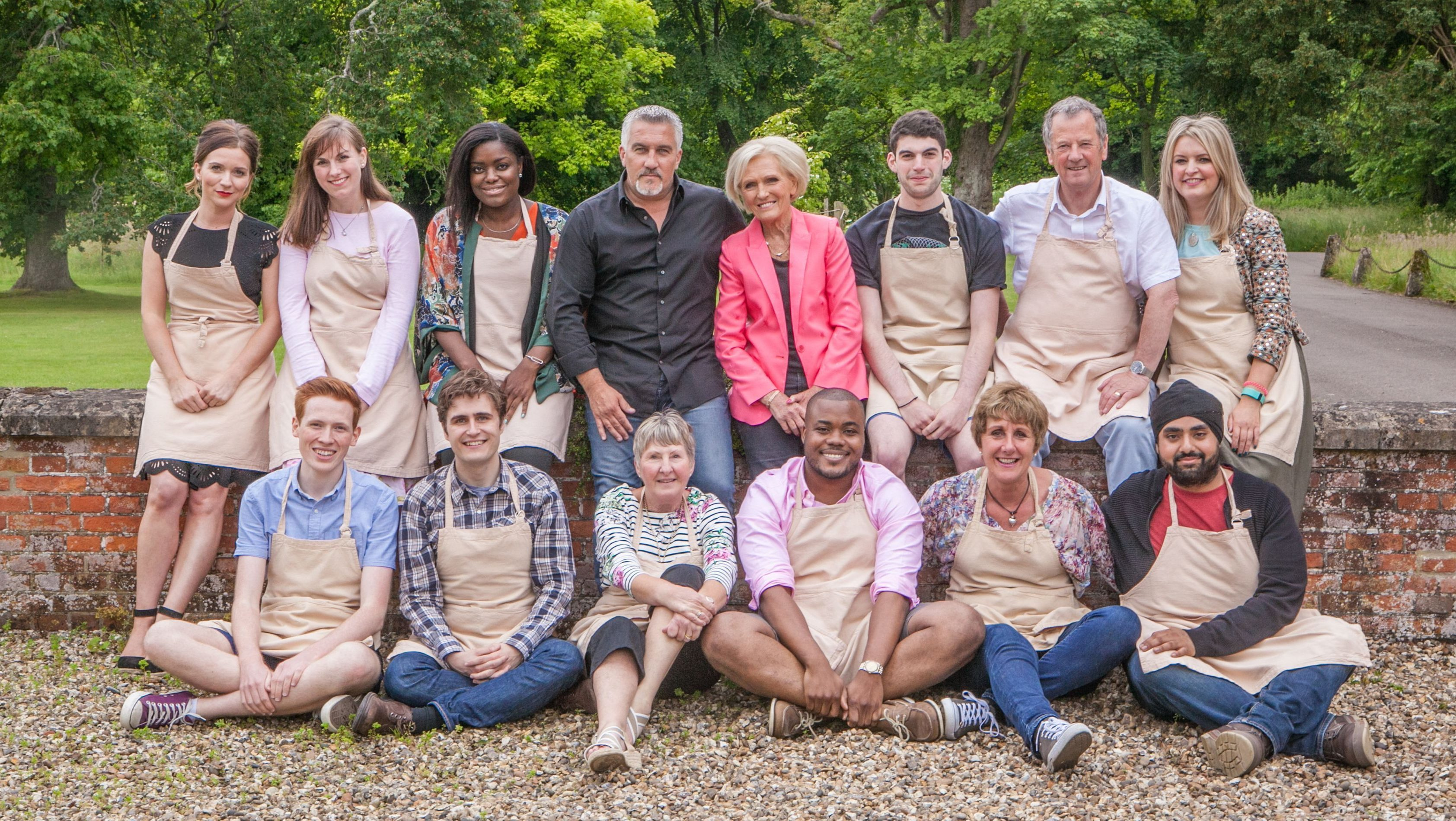 The Great British Bake Off 2016. Pictured: Mary Berry and Paul Hollywood with this year's contestants.
