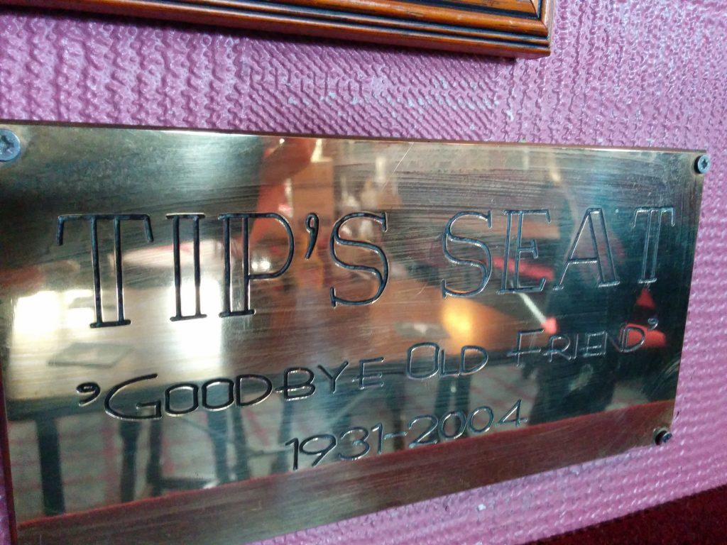 The Tips Seat plaque in the Dunvegan. Tip was Arnold Palmers caddie.