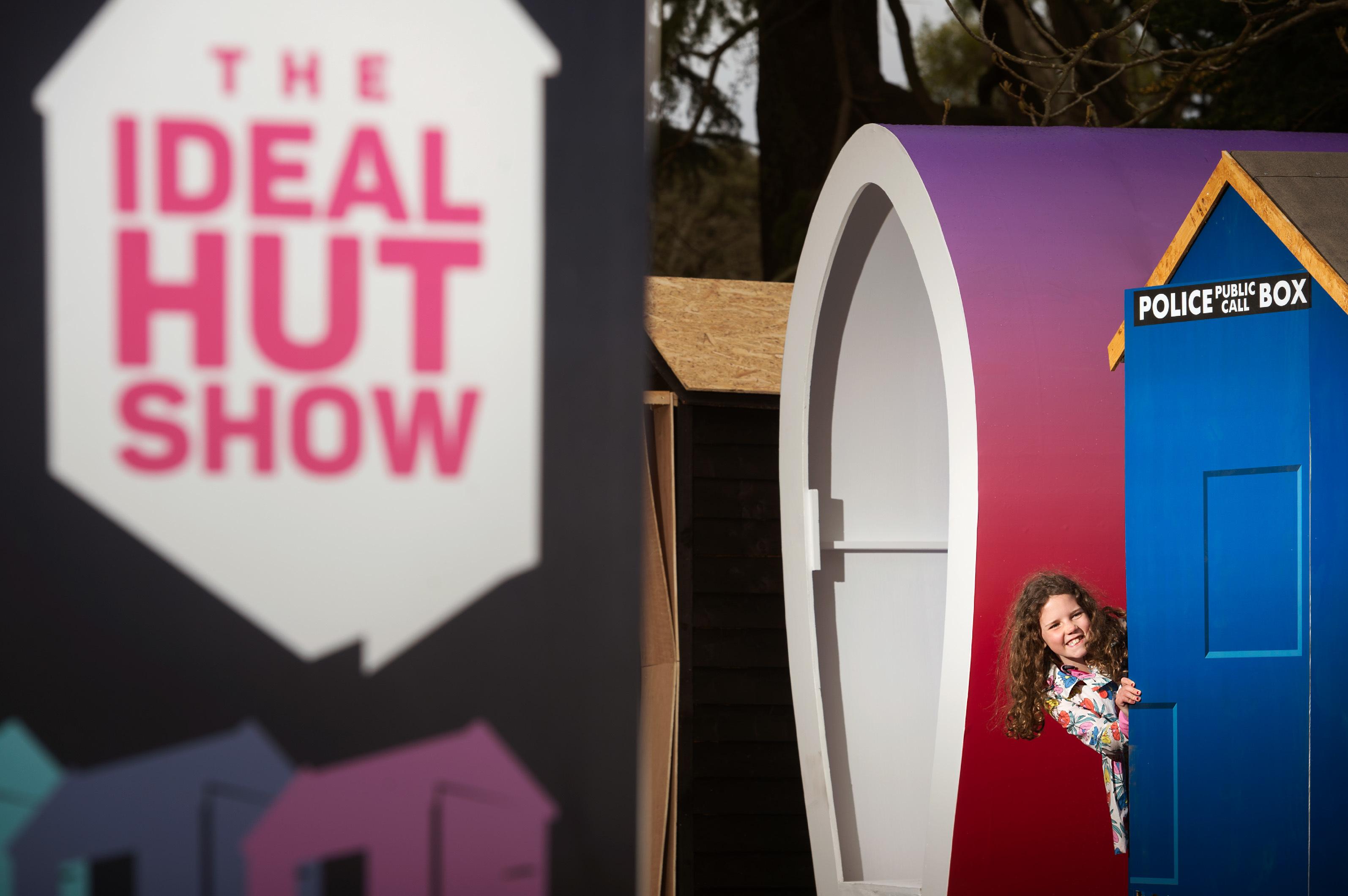 Ideal Hut Show.
