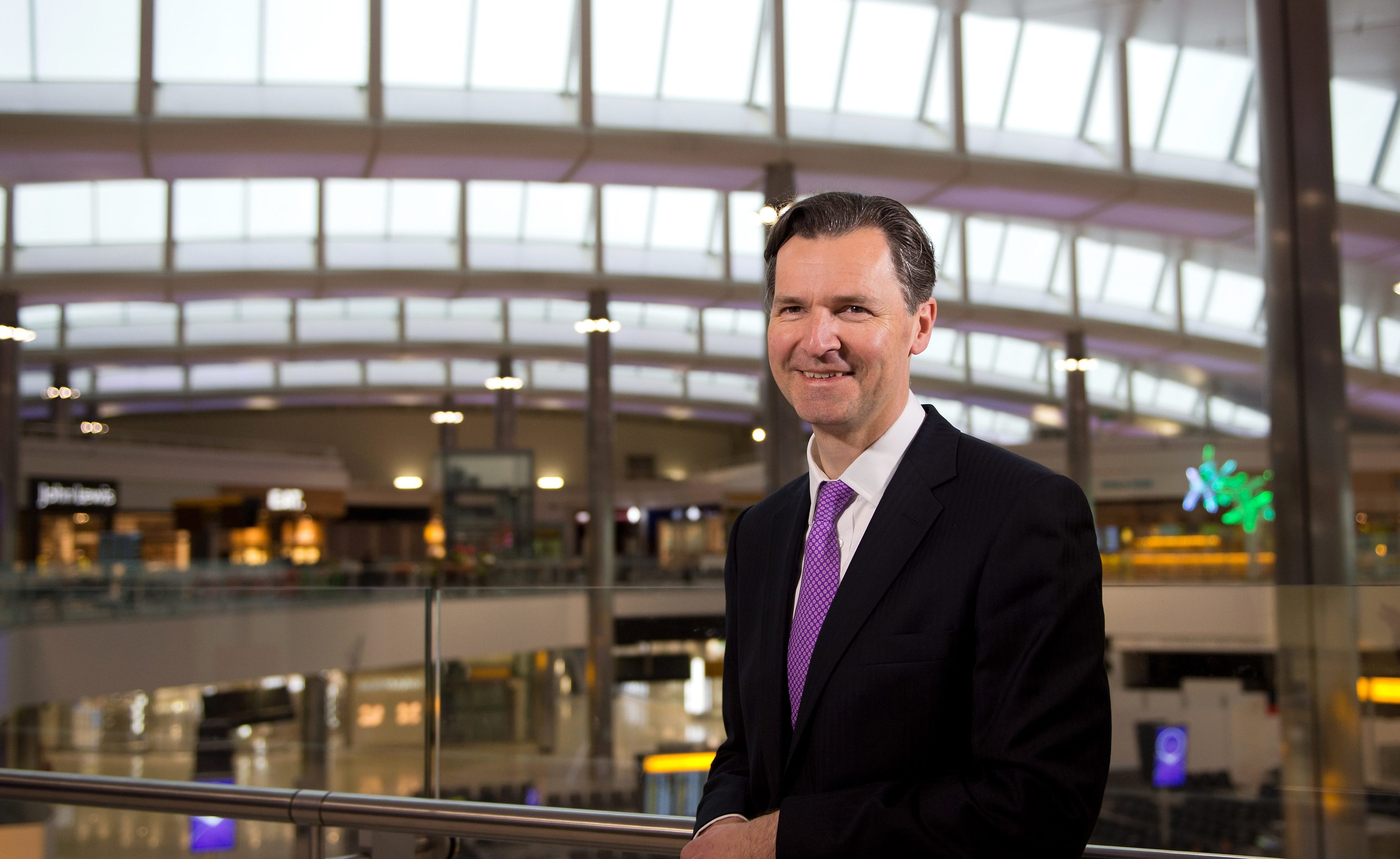 Heathrow CEO John Hollande-Kaye has mooted a new link between Dundee and the capital