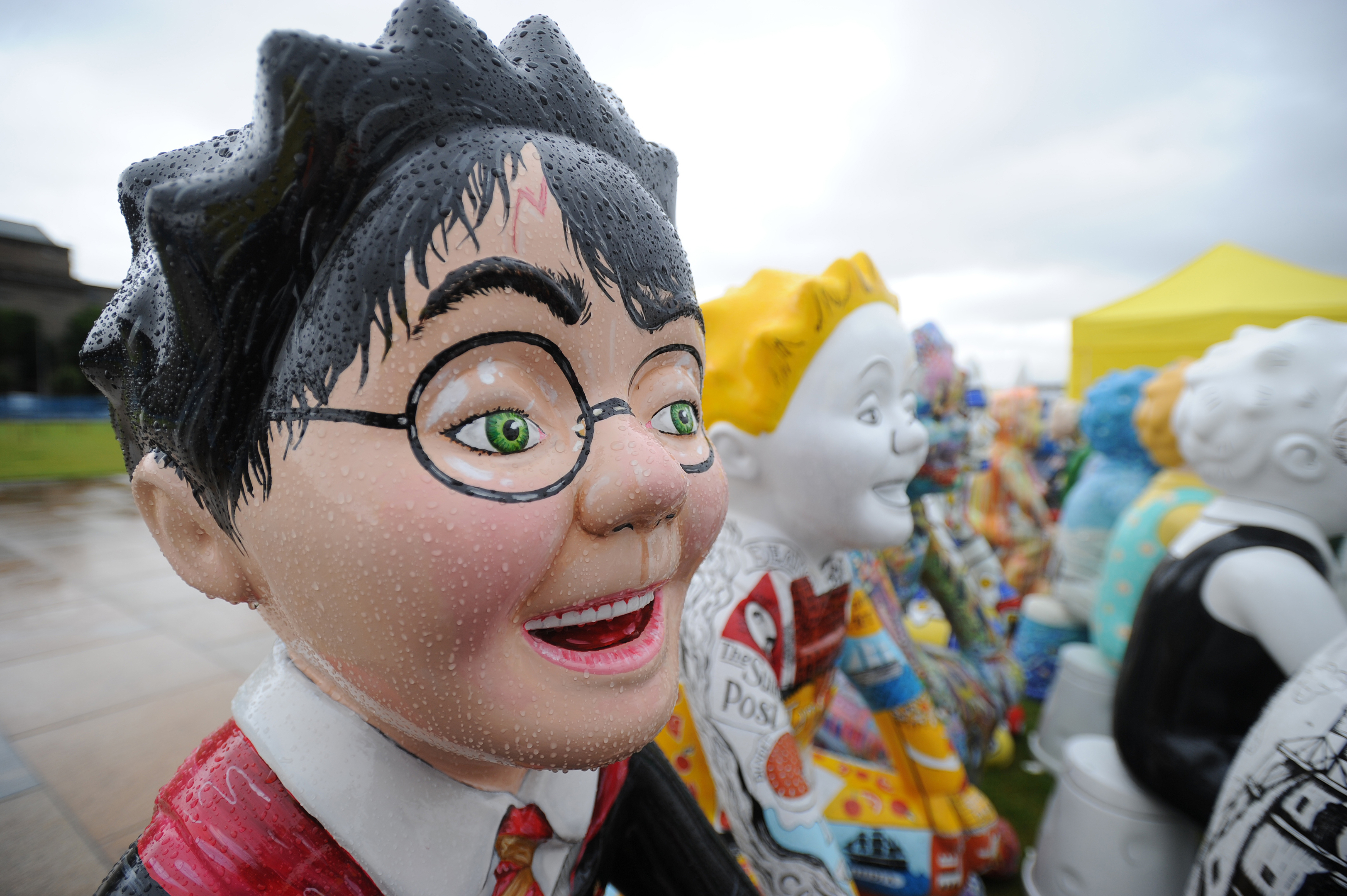 Wullie no stay? Time to say cheerio to the bucket trail.