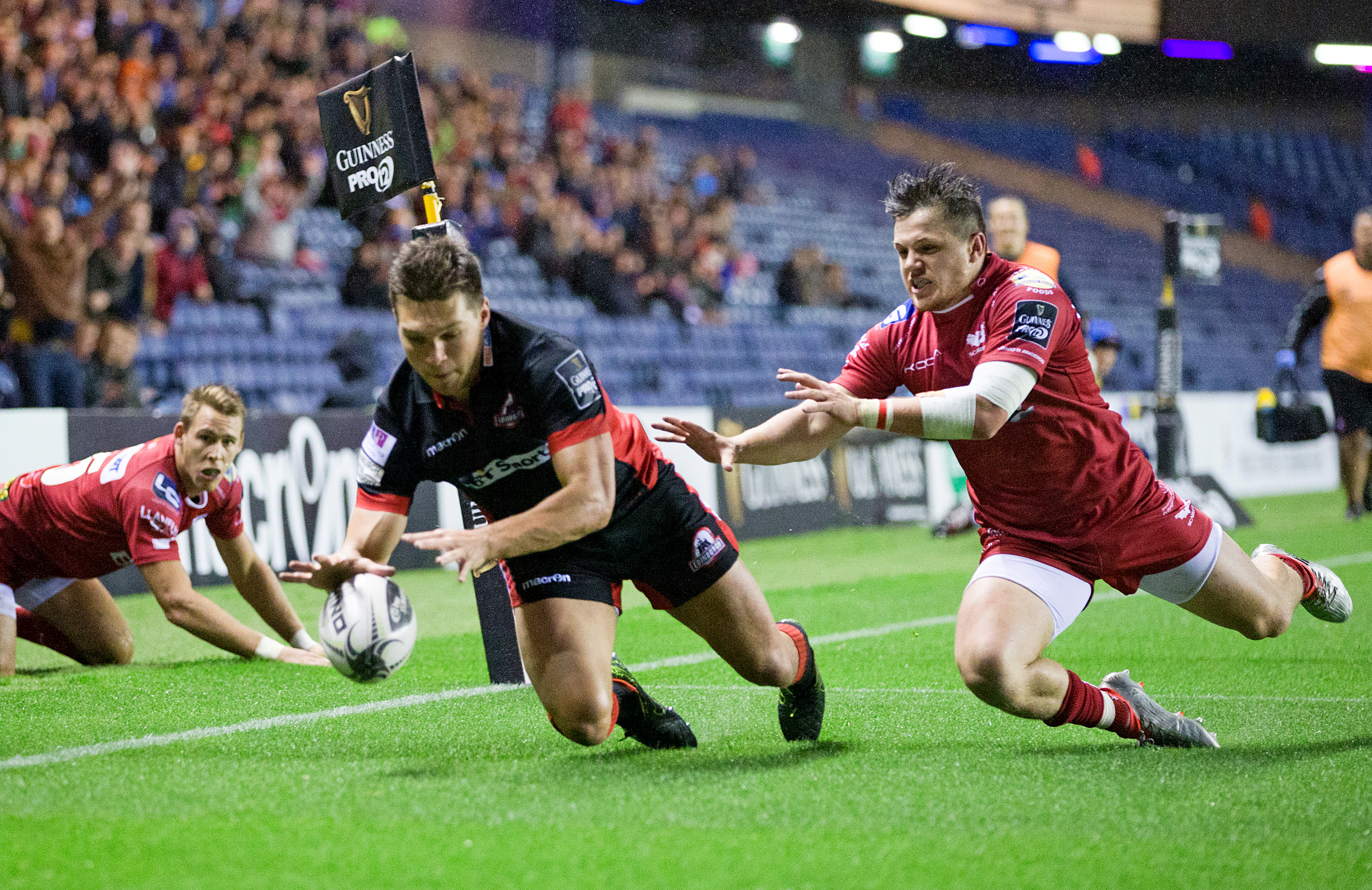 Michael Allen bagged Edinburgh's early try but Leinster dominated the game at Murrayfield.