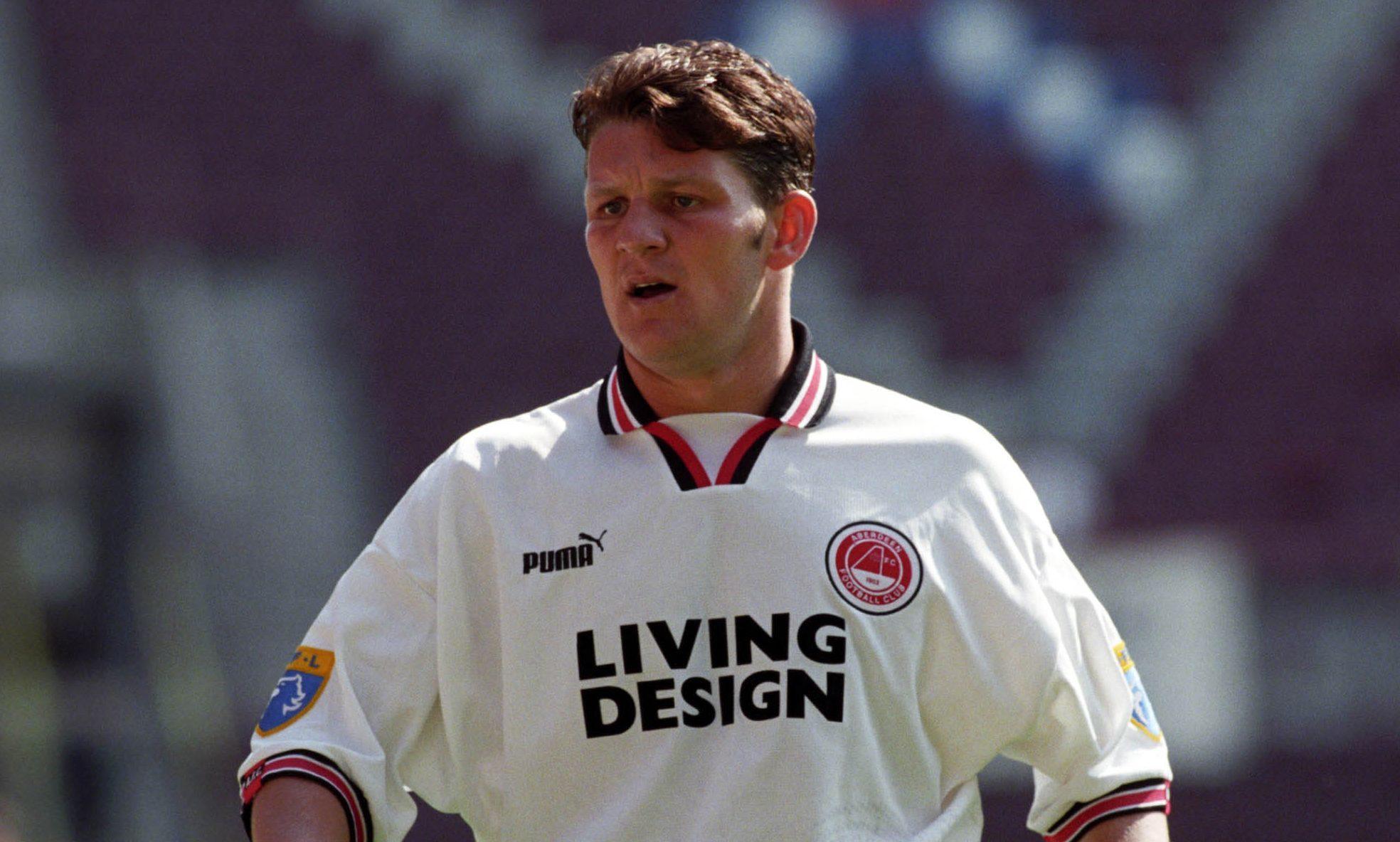 Dean Windass in action for Aberdeen in 1997.
