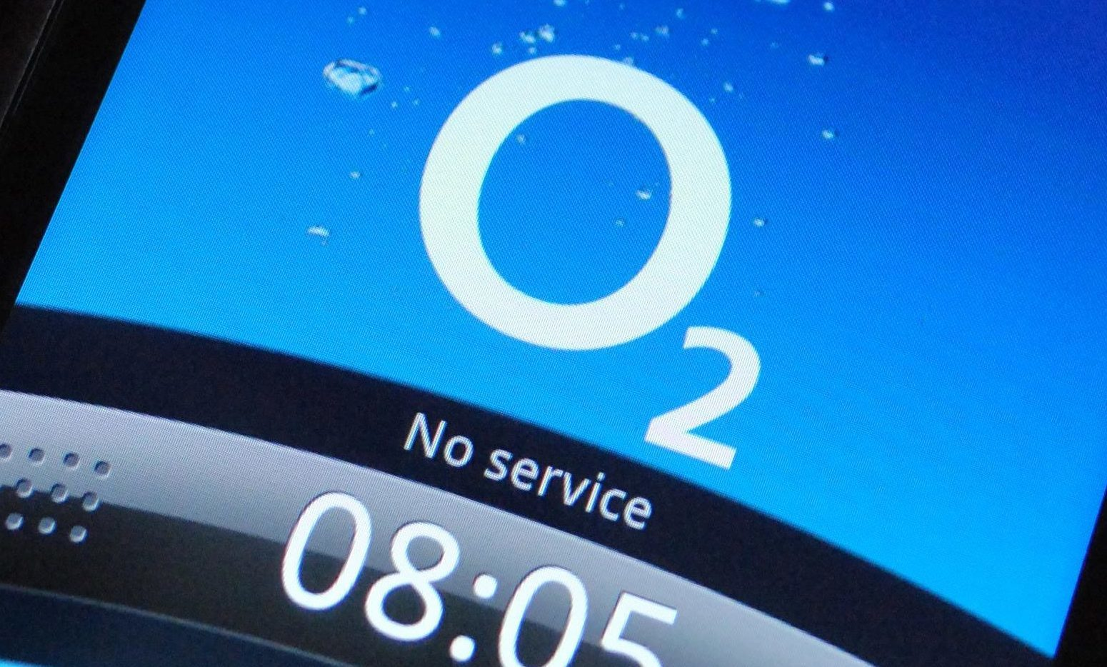Dundee O2 customers were left frustrated after a city centre blackout.