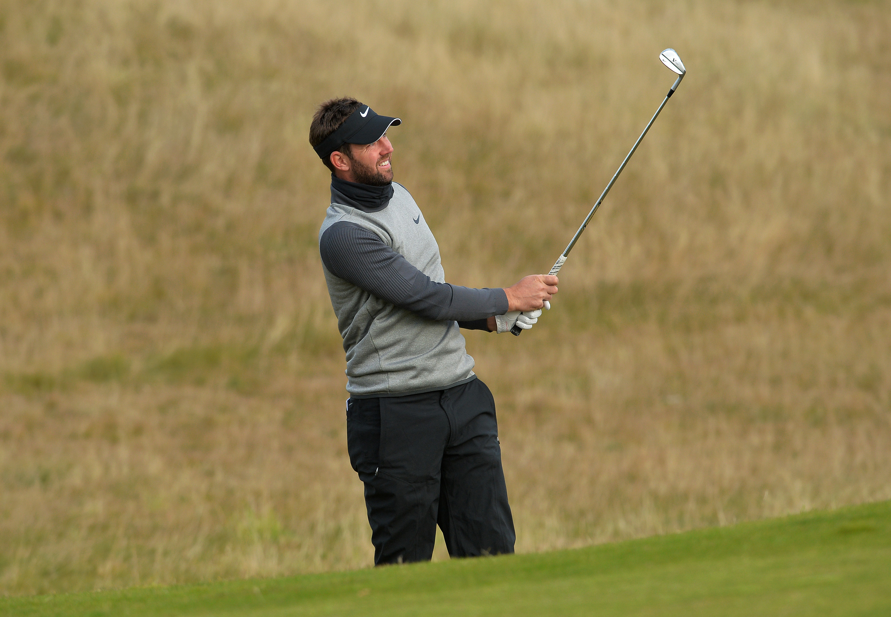 Scott Jamieson hits to the first during his 67 at Kingsbarns to lie three of the pace at the Alfred Dunhill Links Championship.