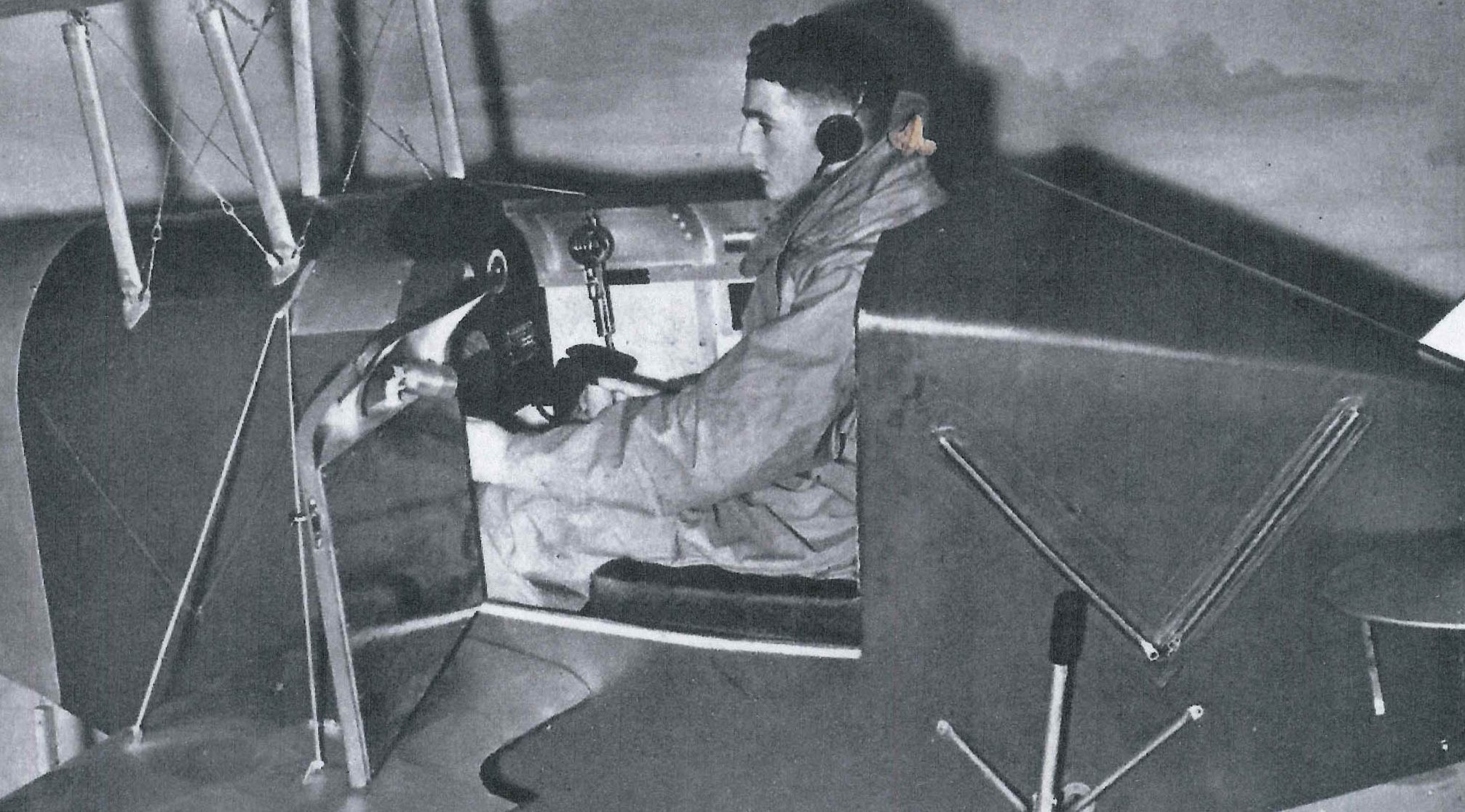 The flight simulator at Durn in 1939.