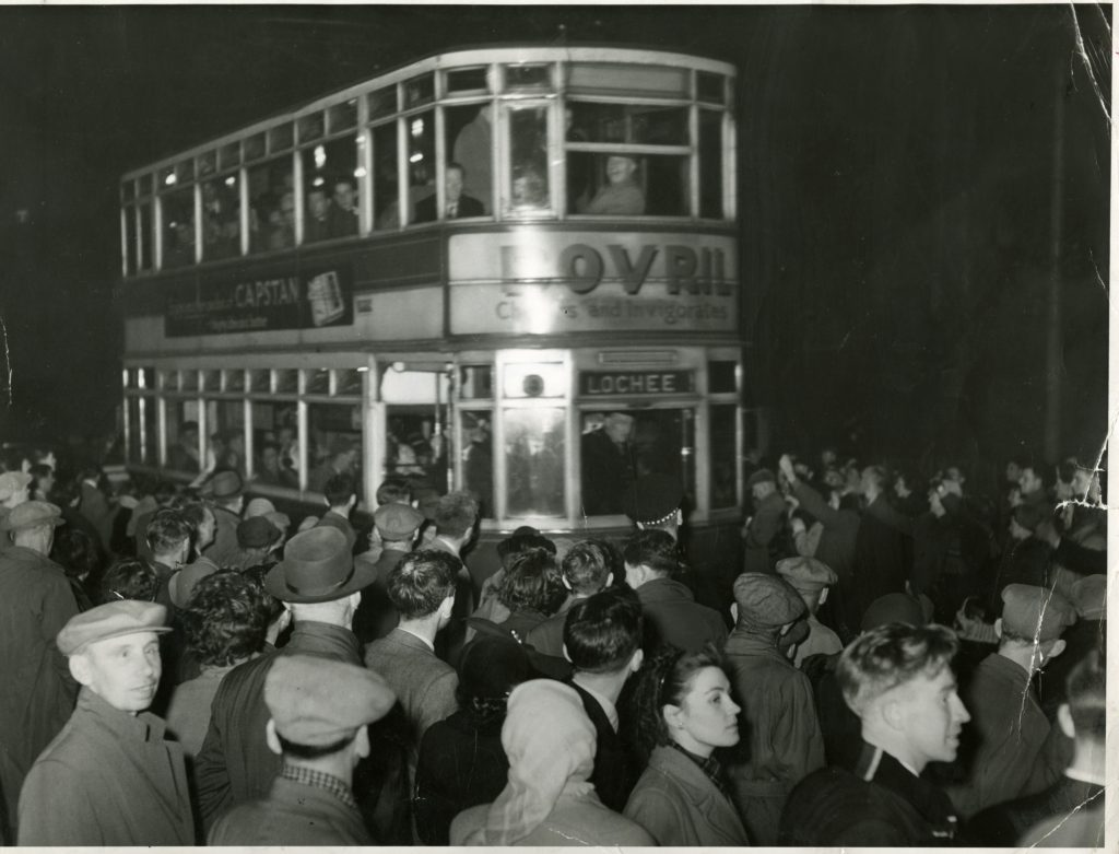 e96-1956-10-21-last-tramcar-from-maryfield-cdct