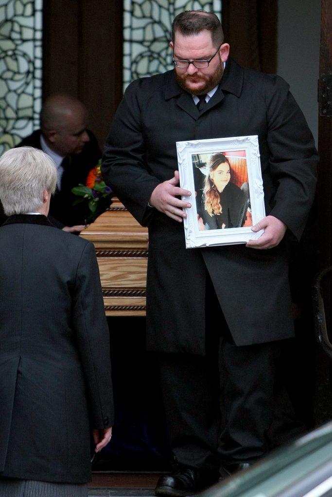 KMil_Funeral_201016