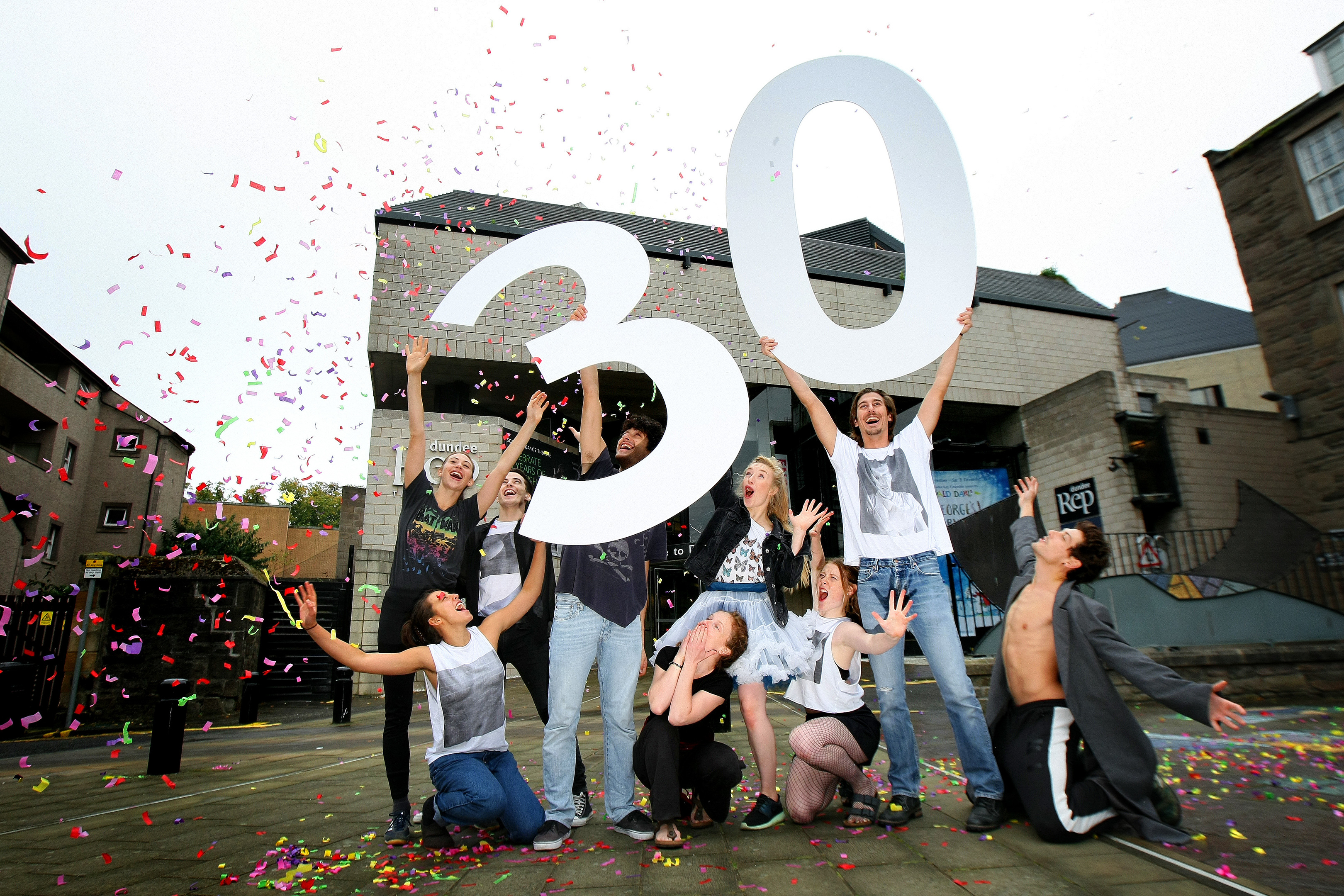 Scottish Dance Theatre has celebrated its 30th birthday at Dundee Rep