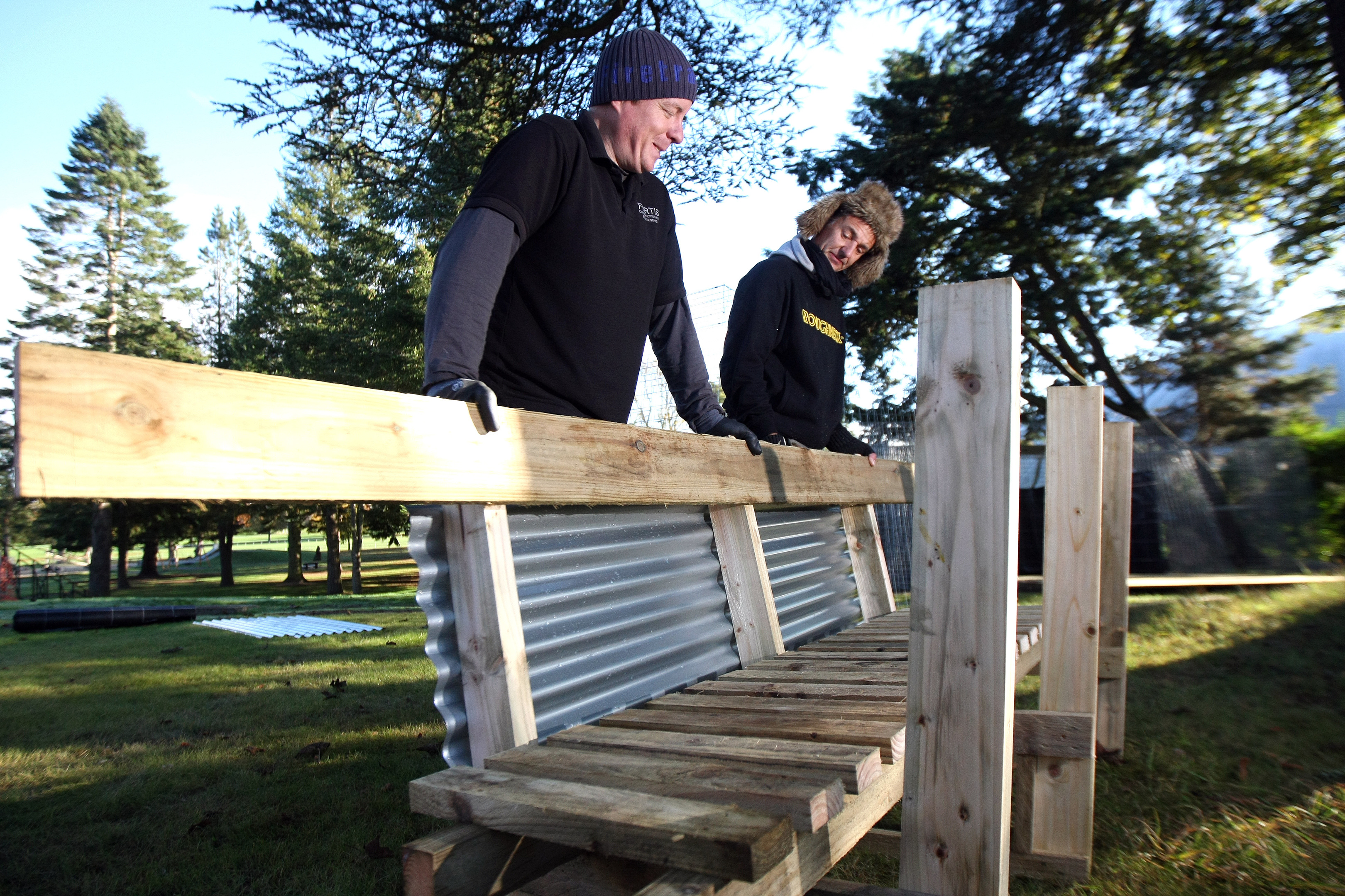 Peter Hughes-Smith and Sean Gurney planning the trench.
