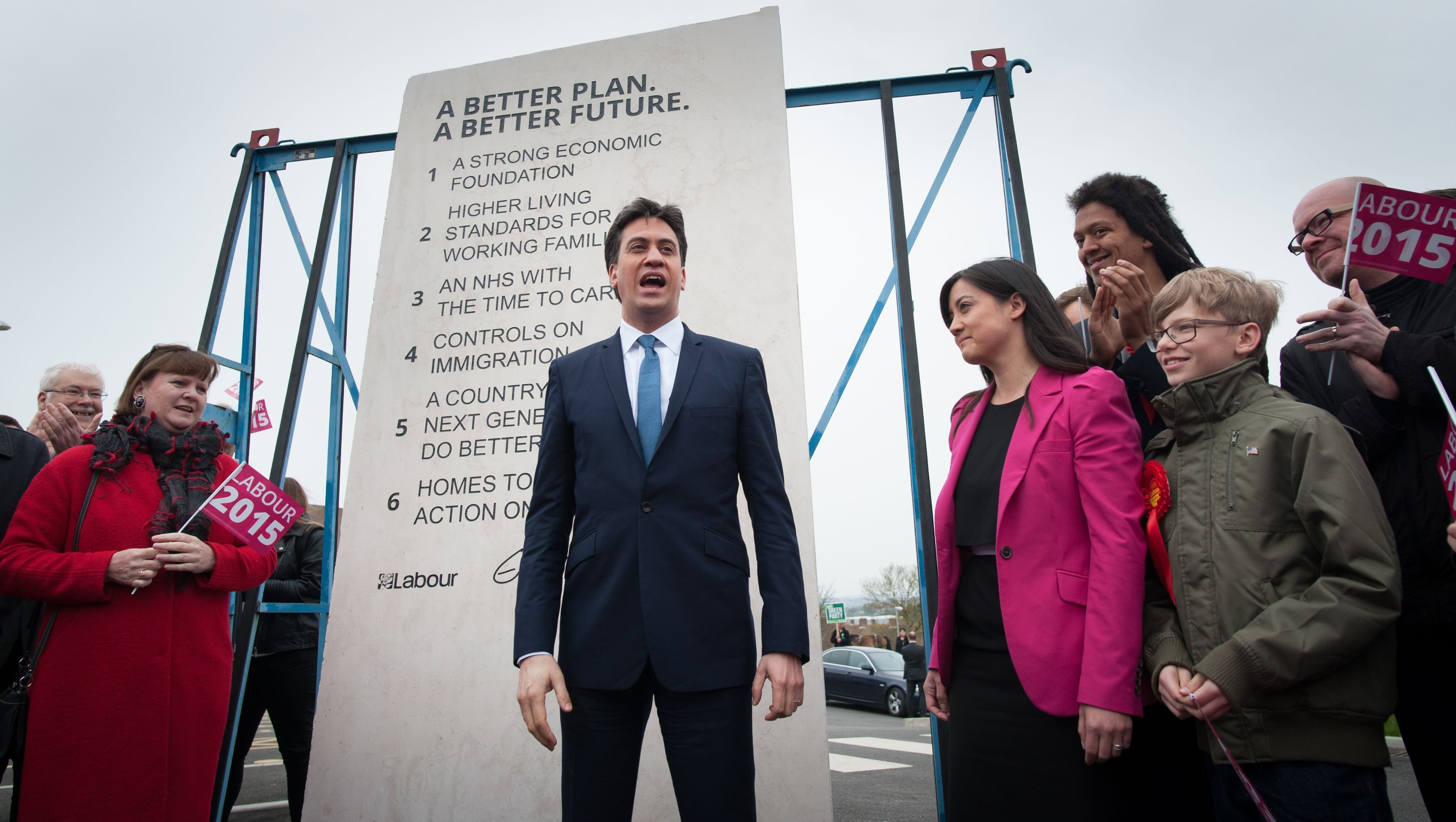Ed Miliband unveiling Labour's pledges carved into a stone plinth in May 2015.