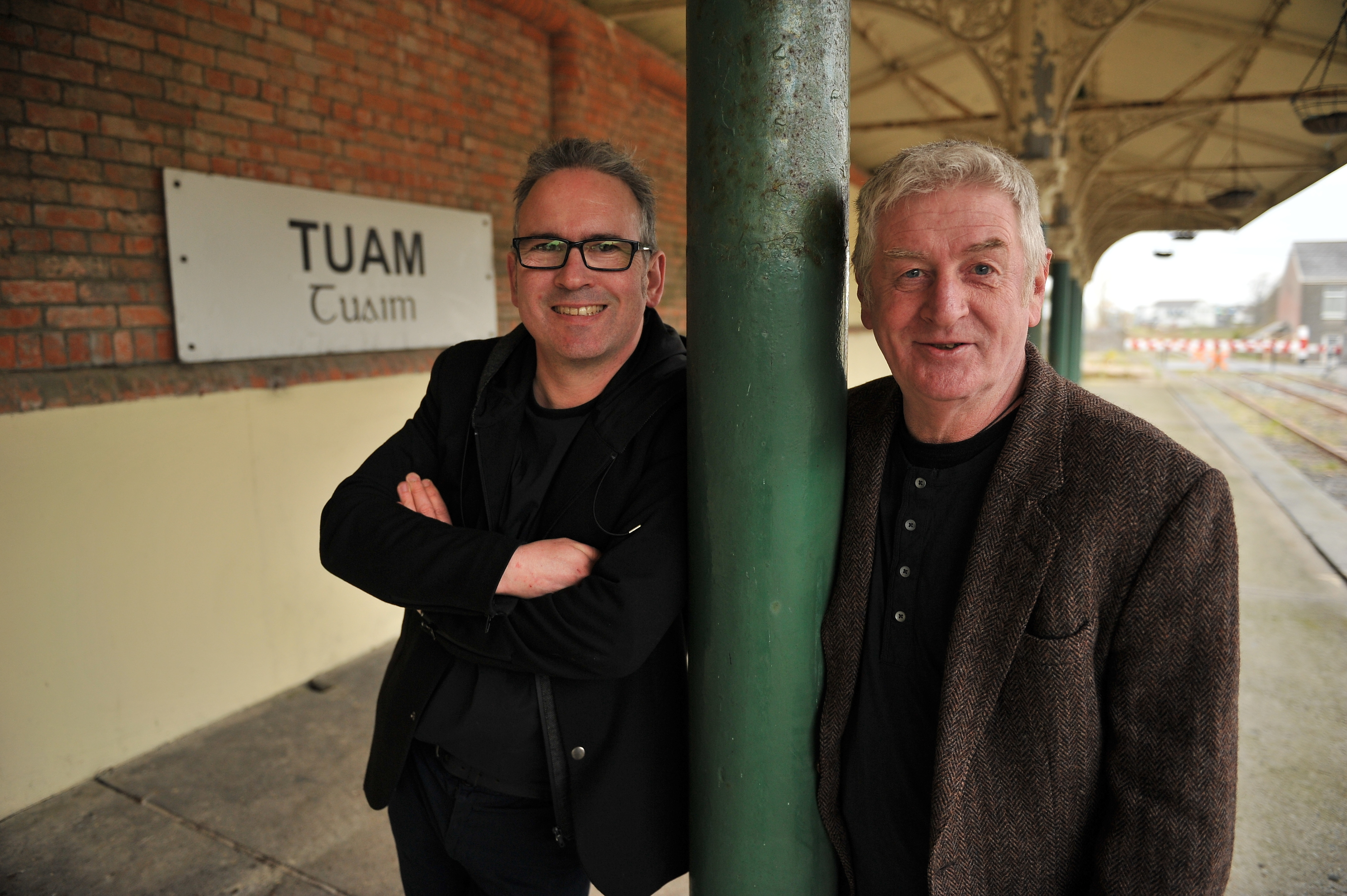 Leo Moran and Davy Carton of the Sawdoctors are going back on the road.