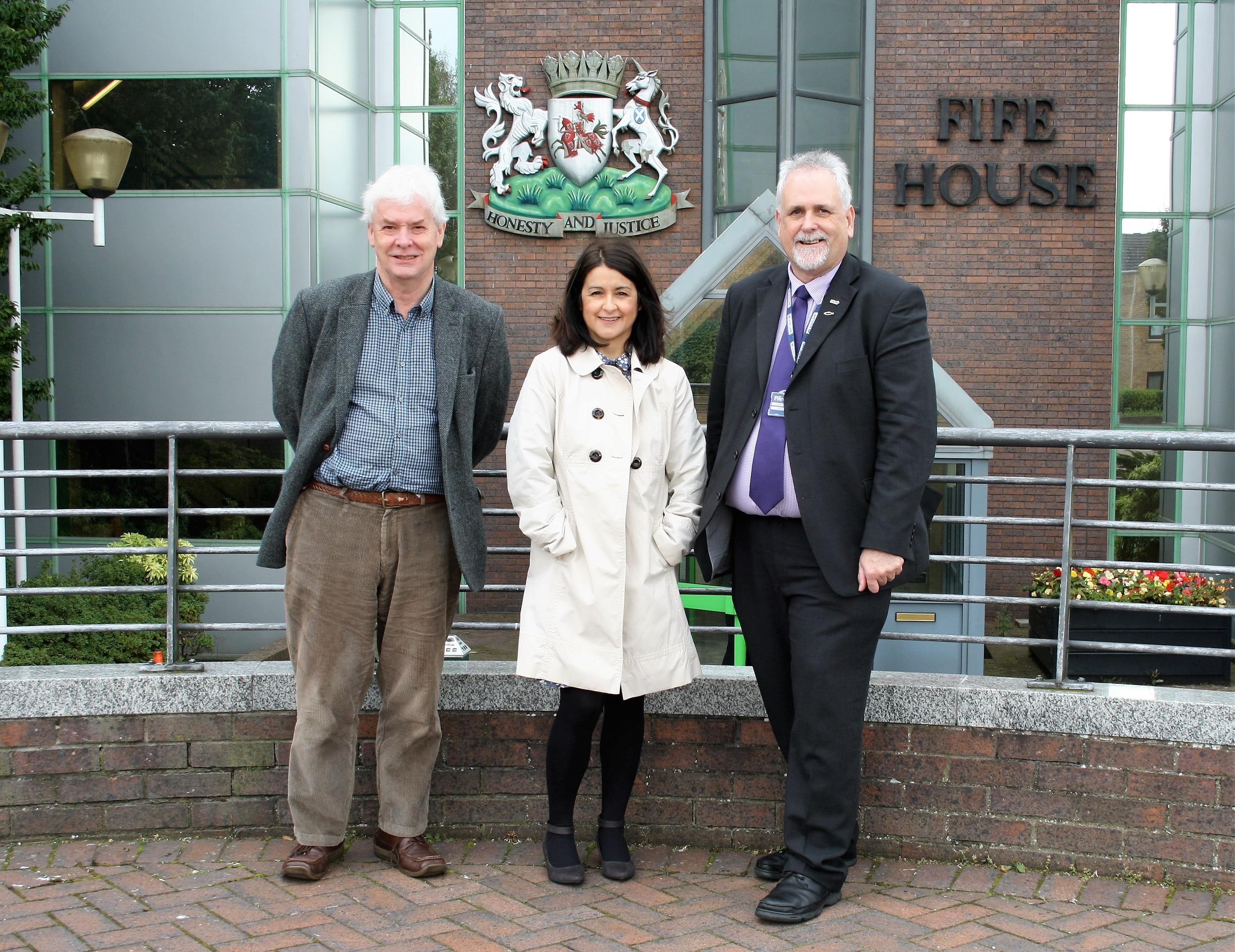 (L-r) Councillors Poole, Penman and Brown want to see the end of party politics at Fife House.