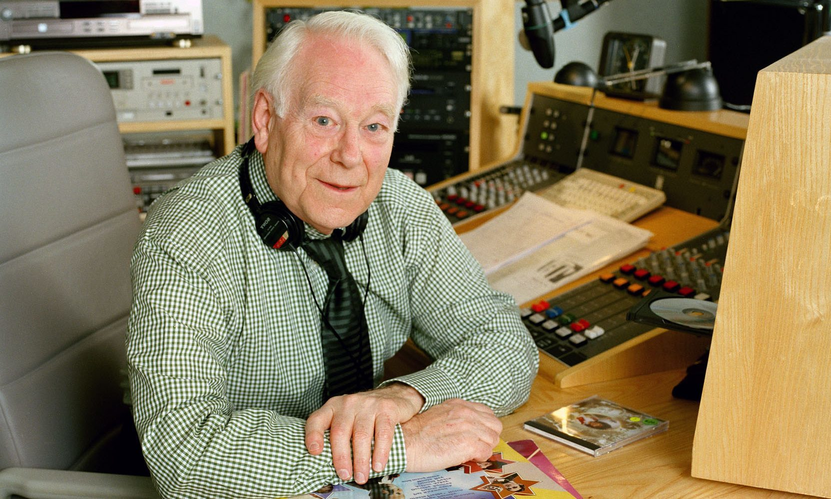 Desmond Carrington from his studio in Scotland.  Picture taken in 2004.