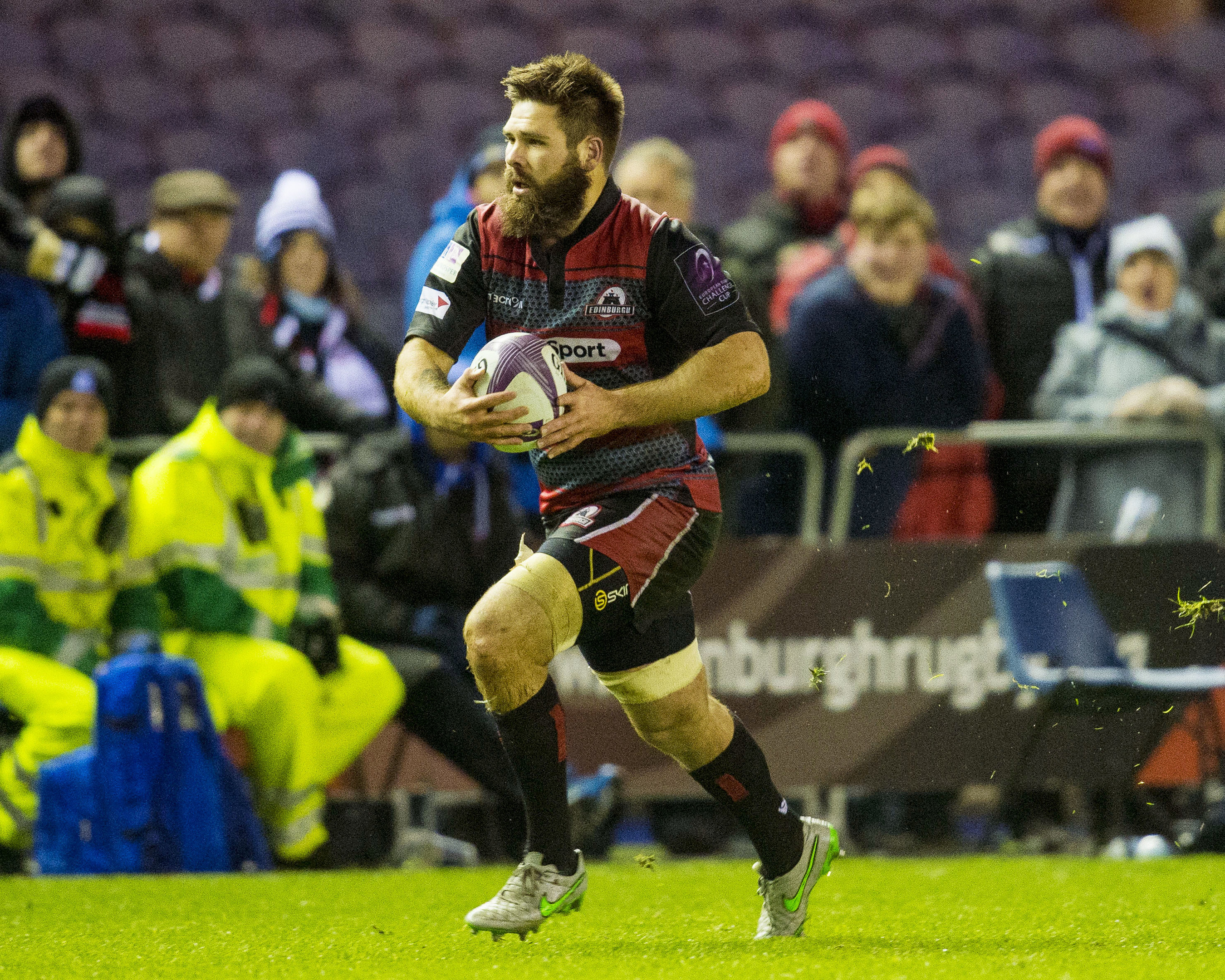 Edinburgh's Cornell du Preez has been called into the Scotland squad.