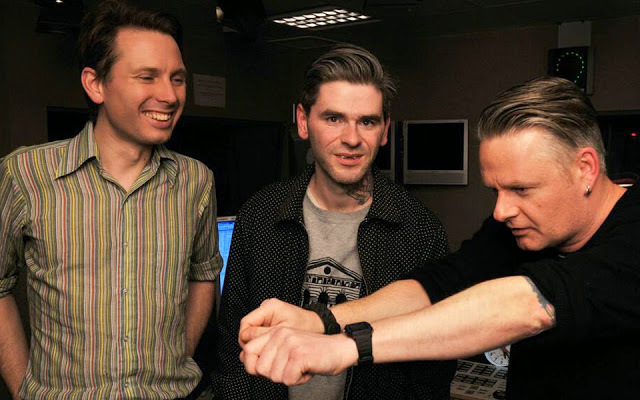DJ and longterm T in the Park attendee Vic Galloway with native favourites Franz Ferdinand