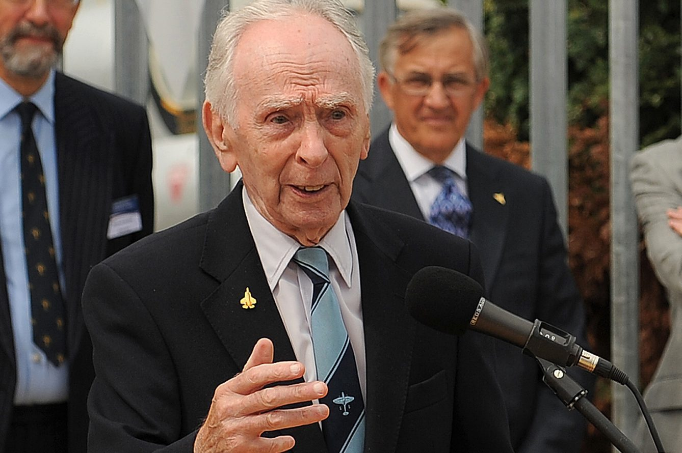 "Late wartime test-pilot Captain Eric ""Winkle"" Brown, pictured in 2013"